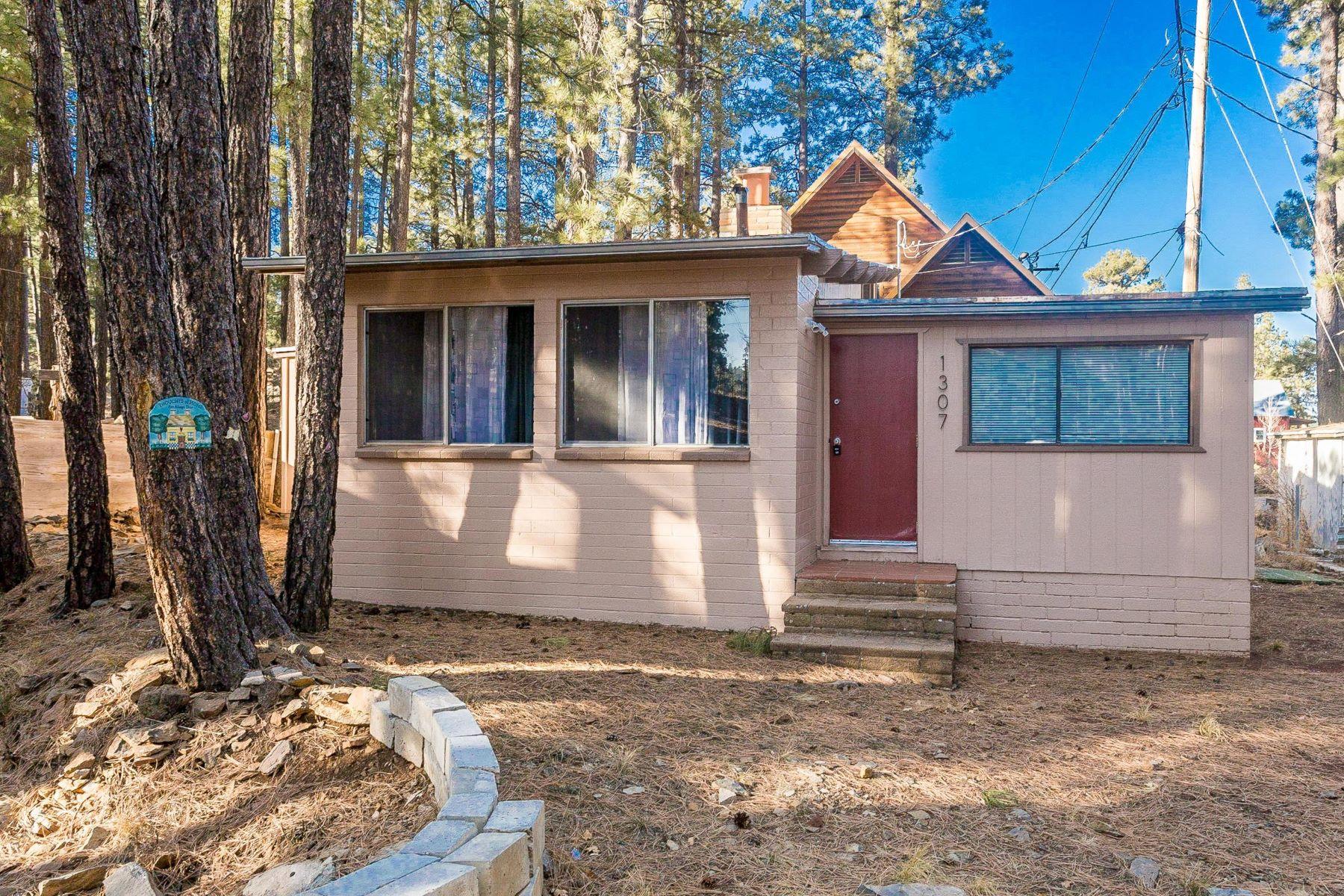 واحد منزل الأسرة للـ Sale في Awesome Turn Key Cabin in The Pines 1307 Smokey TRL, Mormon Lake, Arizona, 86038 United States