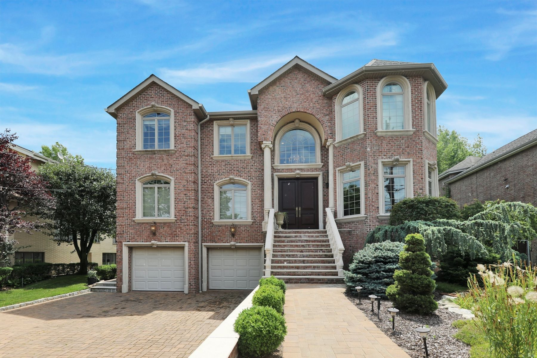 Single Family Homes for Active at Signature Home Englewood Cliffs Englewood Cliffs, New Jersey 07632 United States