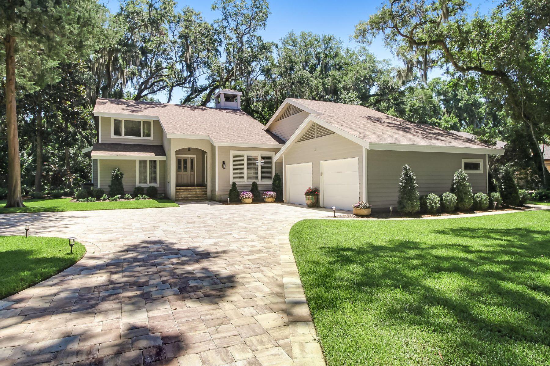 Single Family Homes für Verkauf beim 111 Sea Marsh Rd 111 Sea Marsh Road, Fernandina Beach, Florida 32034 Vereinigte Staaten