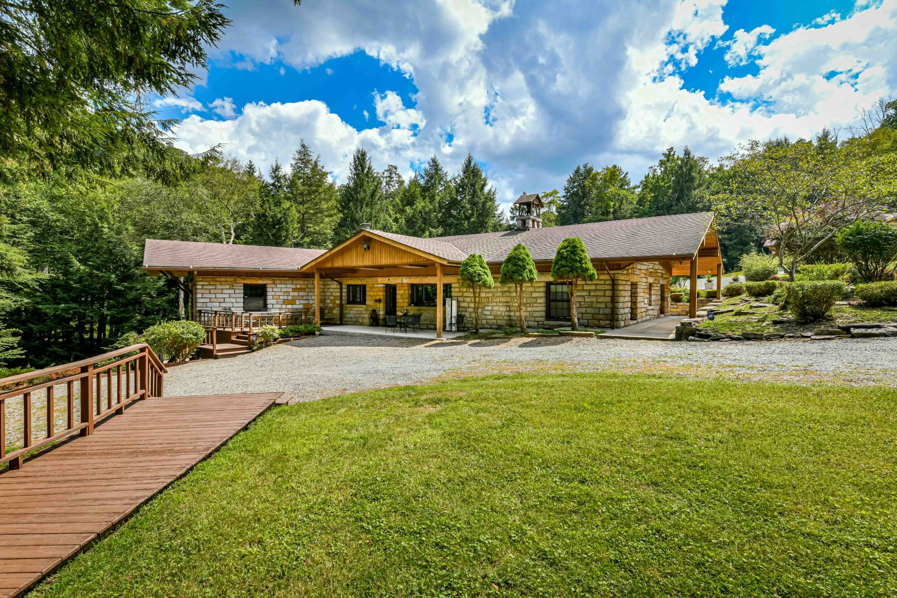 Single Family Homes for Sale at Tionesta Lodge on 223 Acres 1011 Taylor Road Tionesta, Pennsylvania 16353 United States