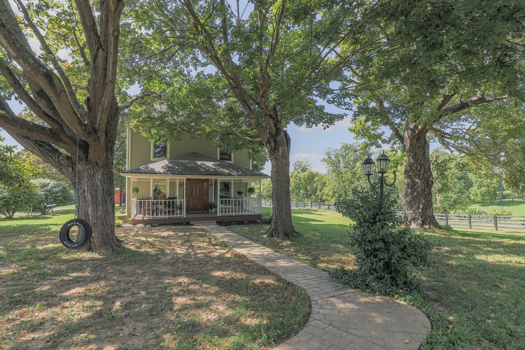 Single Family Homes por un Venta en Georgetown, Indiana 47122 Estados Unidos