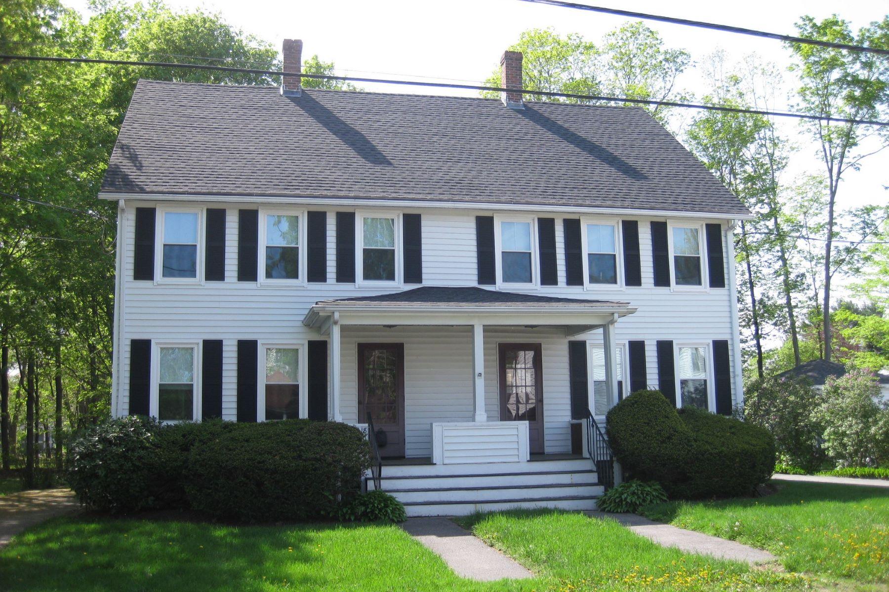 Casa Unifamiliar por un Alquiler en Walk to Town 16-18 Maple Street Concord, Massachusetts 01742 Estados Unidos