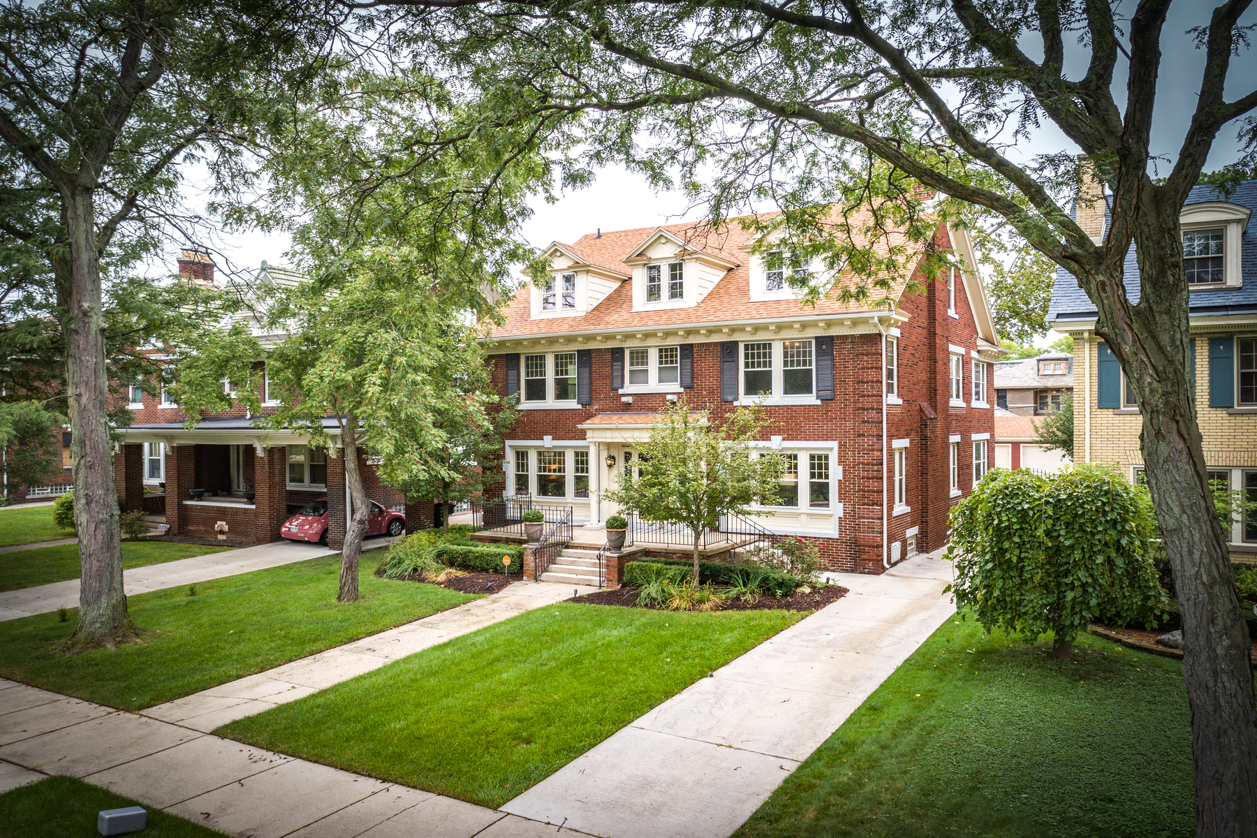Single Family Homes for Sale at Detroit 2224 Chicago Boulevard Detroit, Michigan 48206 United States