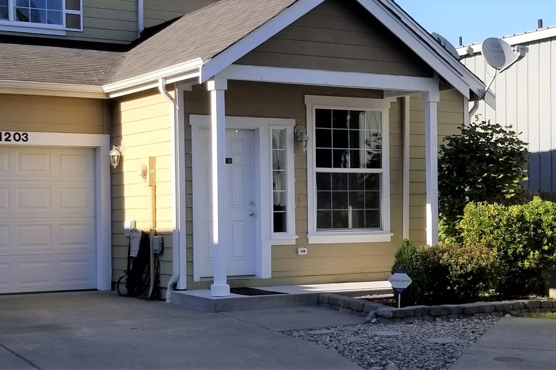 townhouses for Sale at 11206 6th Ave E Tacoma, WA 98445 11203 6th Ave E Tacoma, Washington 98445 United States