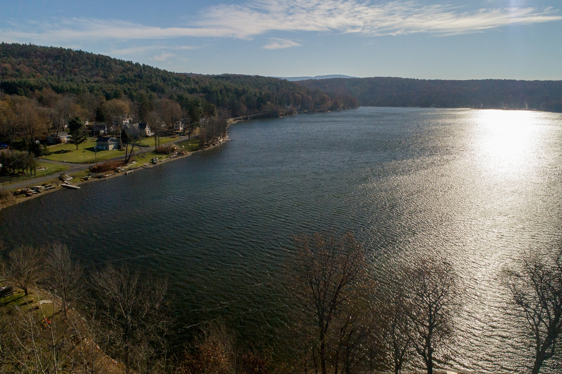 Additional photo for property listing at Beautiful Log Home on Copake Lake 217  Island Drive Copake, New York 12521 United States
