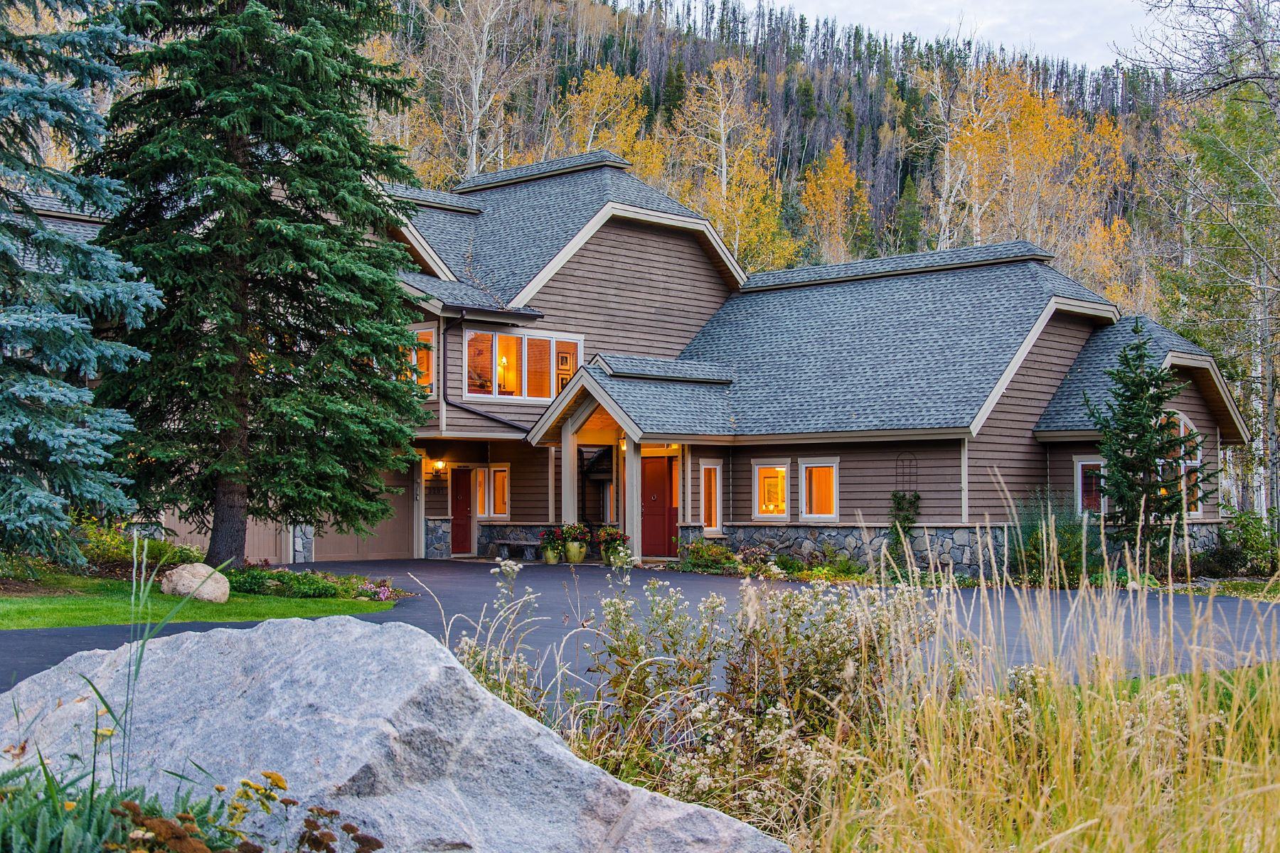 Single Family Home for Active at Private Sanctuary Retreat 3281 Aspen Wood Ln Steamboat, Colorado 80487 United States
