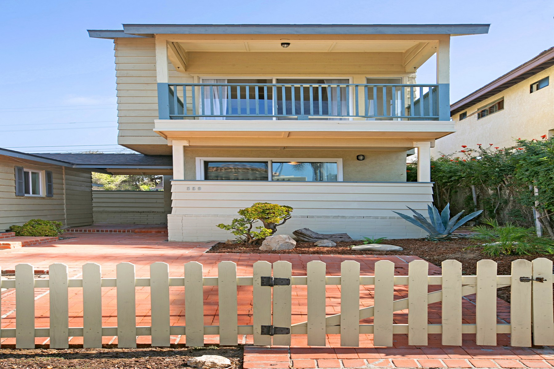 Single Family Home for Rent at 559 4th Street 559 4th Street Encinitas, California 92024 United States