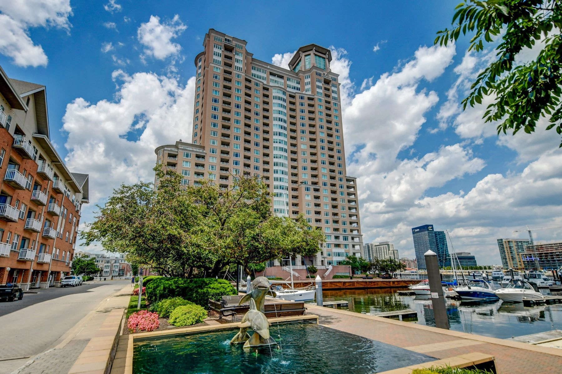 Condominiums for Active at Harborview Tower 100 Harborview Drive #Ph1B Baltimore, Maryland 21230 United States