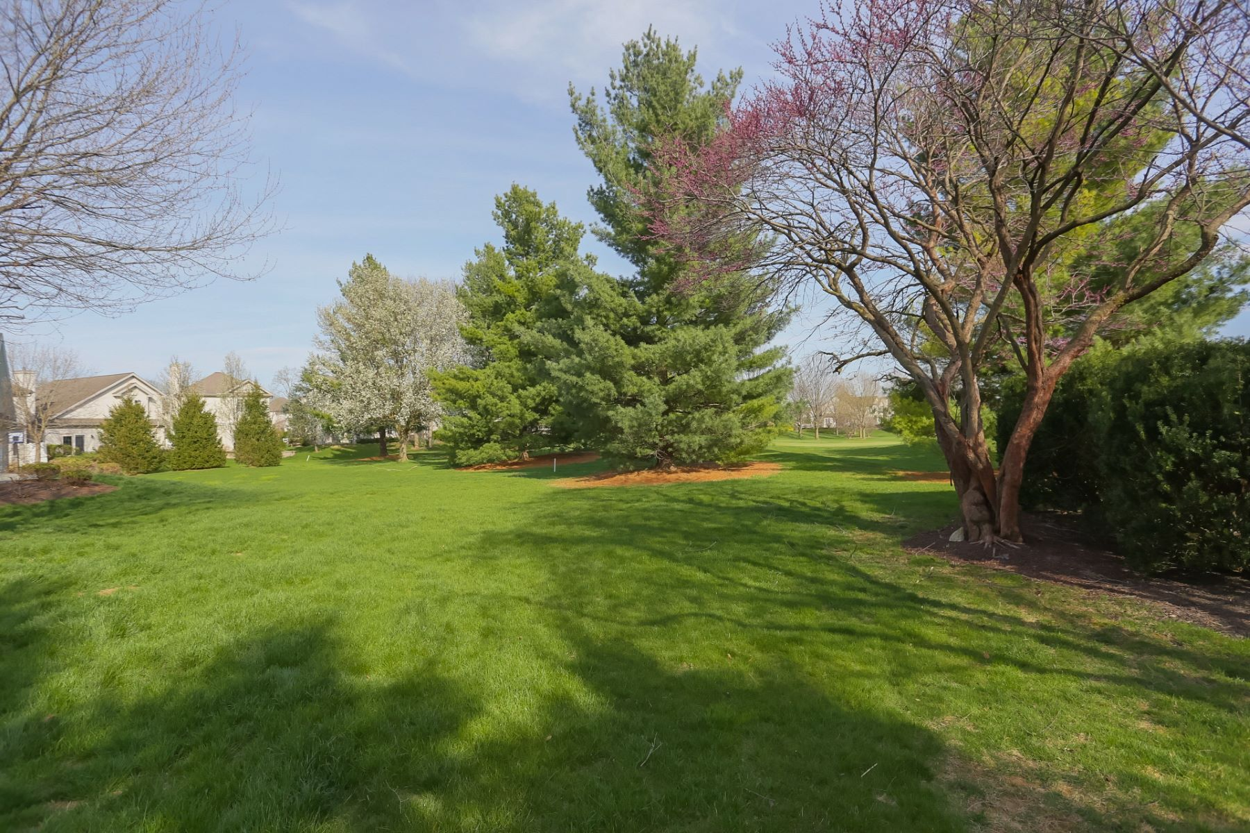 Additional photo for property listing at 805 Woodfield Drive  Lititz, 賓夕法尼亞州 17543 美國