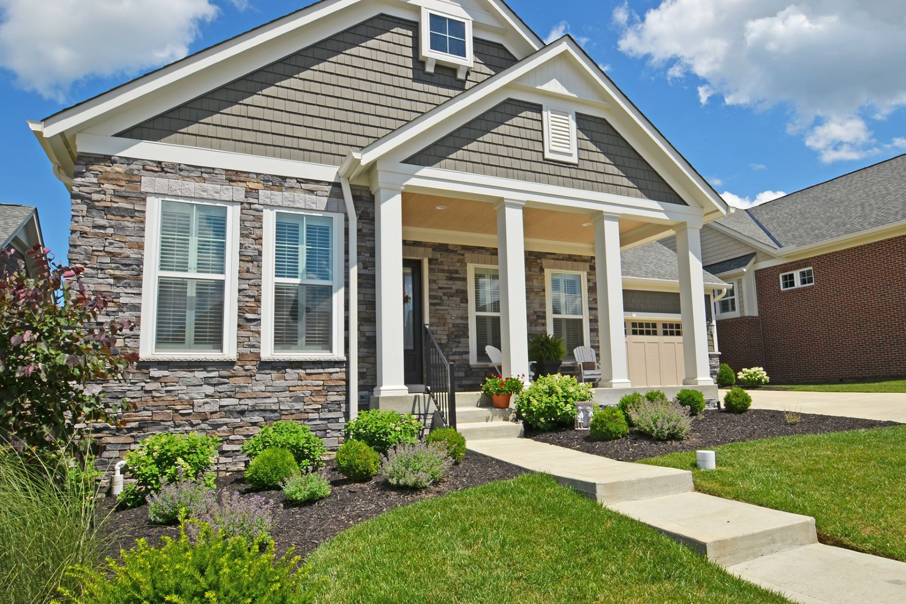 Single Family Homes for Sale at NO NEED TO BUILD! Built in 2016, Summerhill Model Available NOW! 10518 Sundance Ct. Blue Ash, Ohio 45241 United States