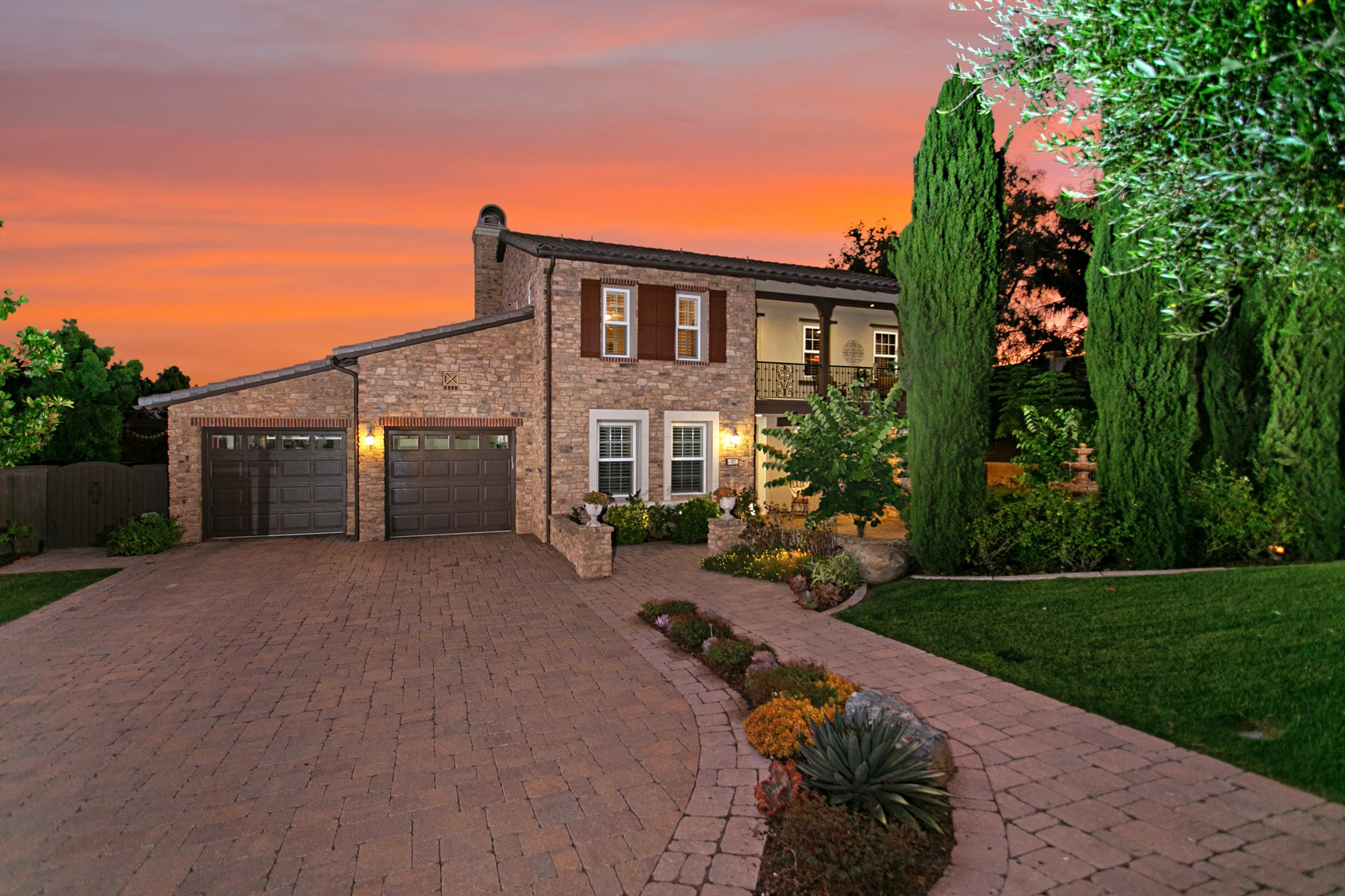 Single Family Homes for Active at 6921 Sitio Cordero Carlsbad, California 92009 United States