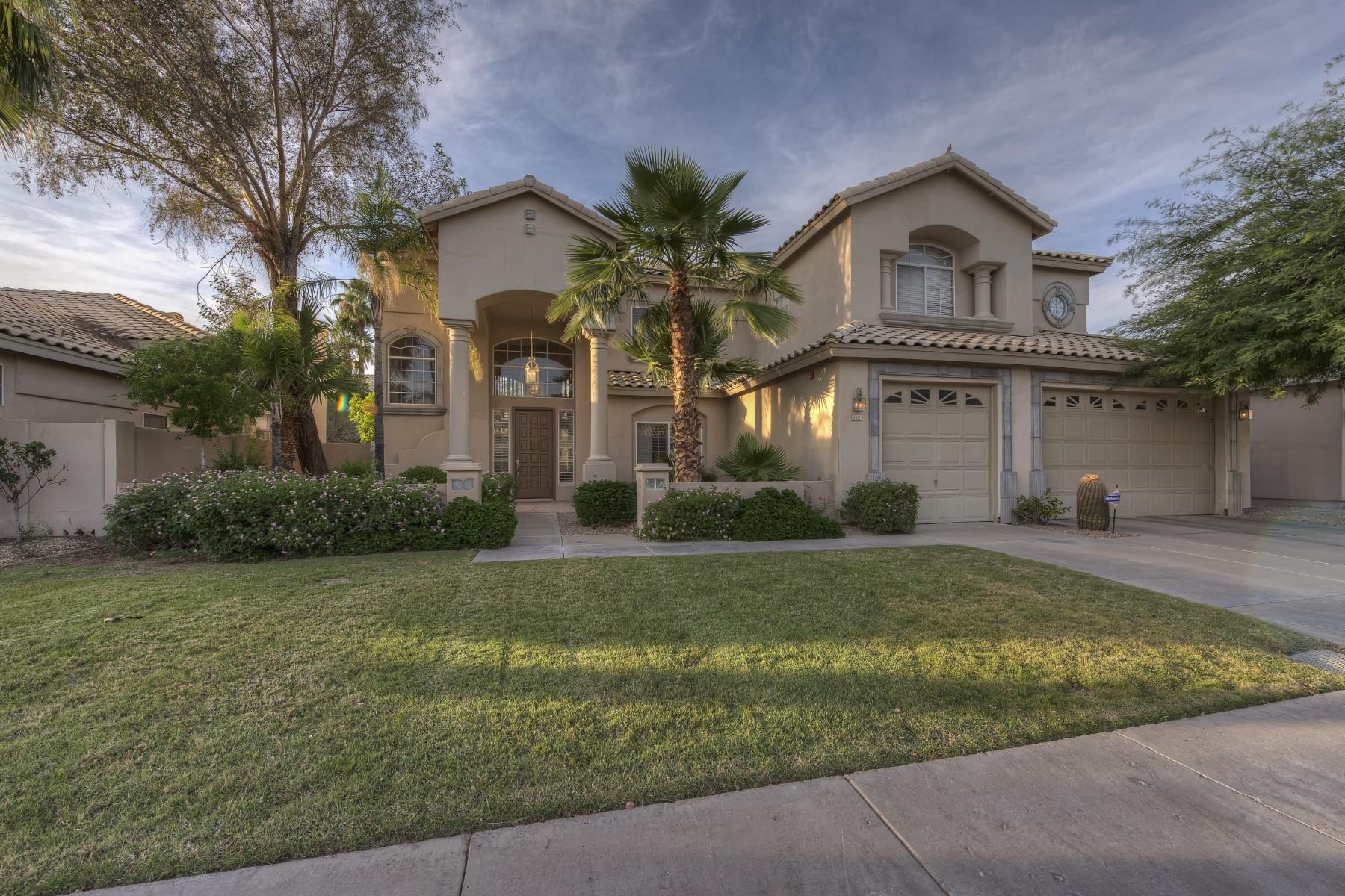 Casa para uma família para Venda às Lovely remodeled home in Vista Parc 8956 E Pershing Ave Scottsdale, Arizona, 85260 Estados Unidos