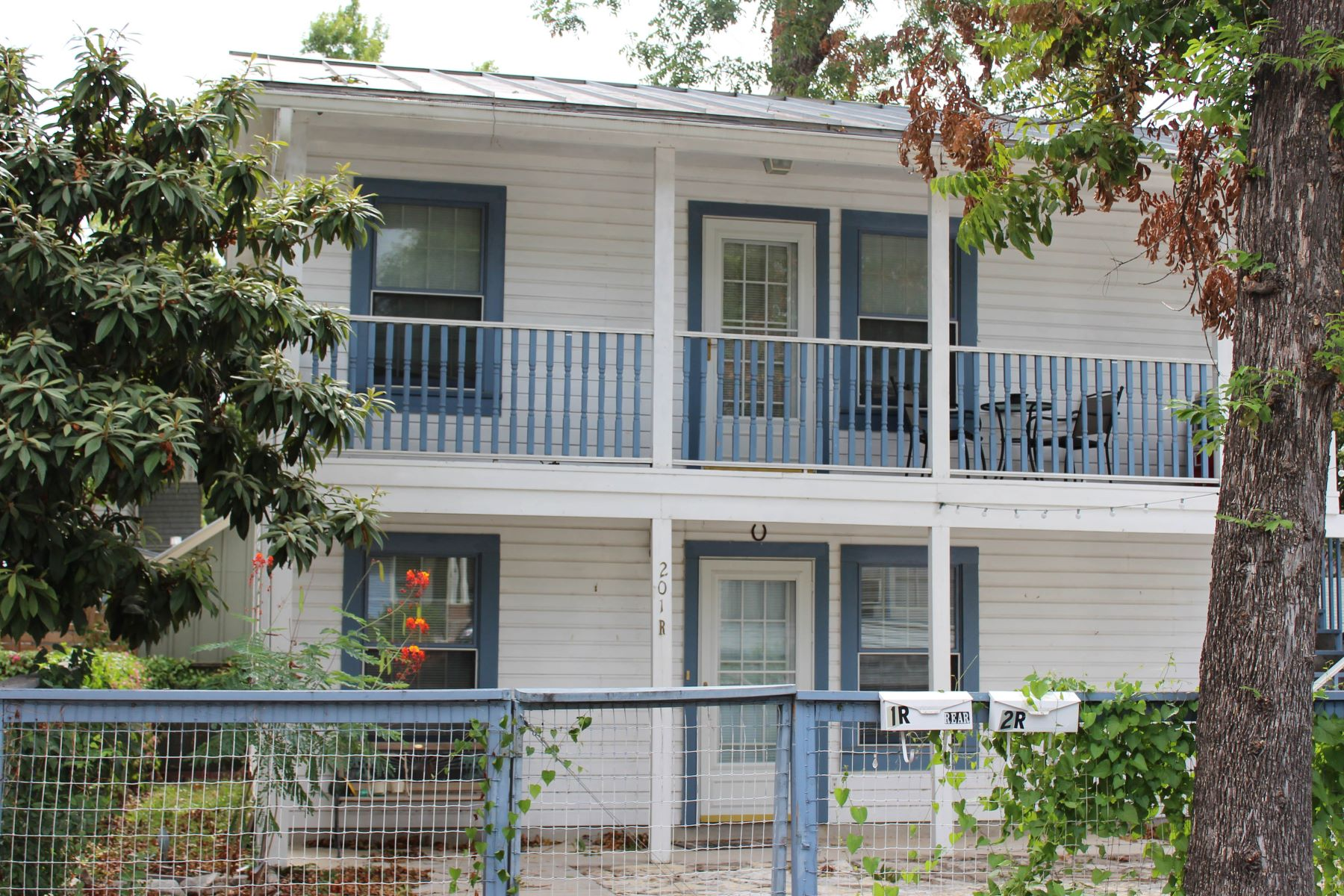 Single Family Home for Rent at 201 Wickes St 201 Wickes St 1R San Antonio, Texas 78210 United States