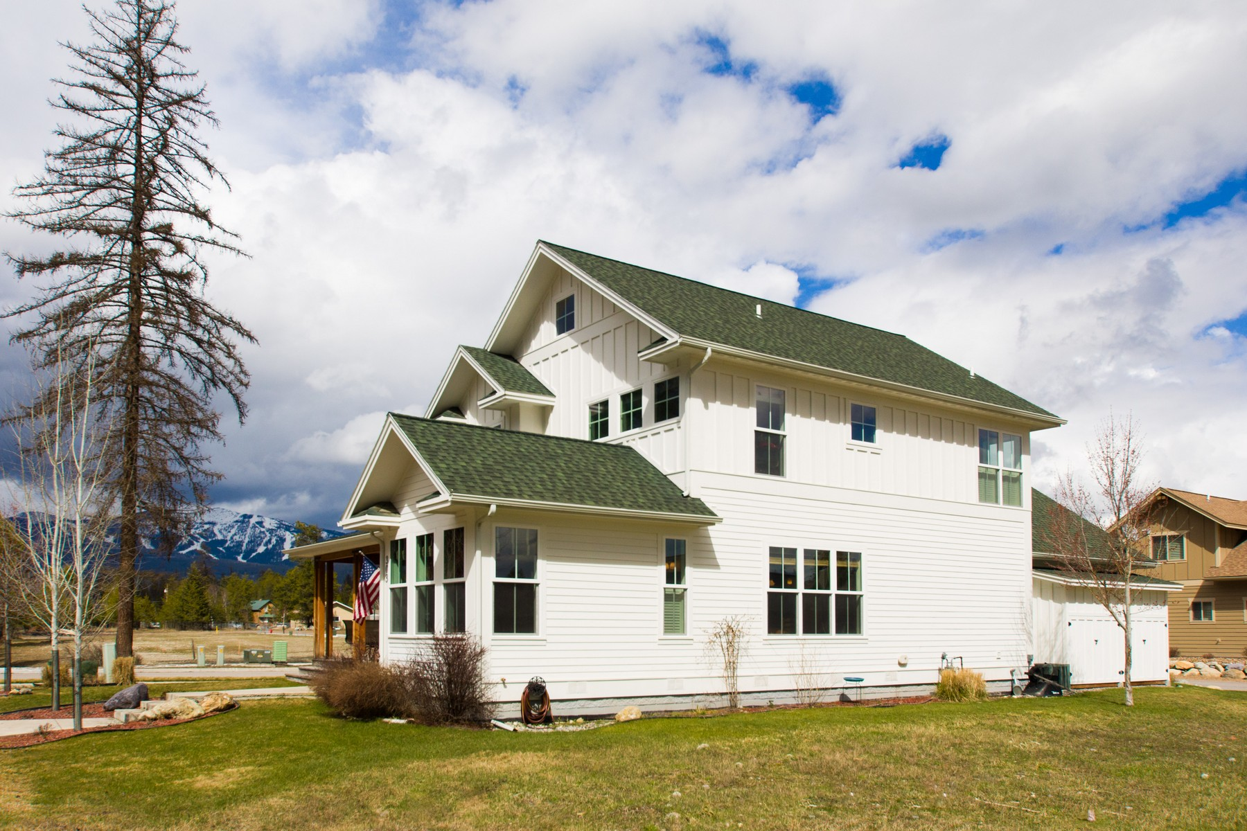 Additional photo for property listing at 303 Stumptown Loop, Whitefish, MT 59937 303  Stumptown Loop Whitefish, Montana 59937 United States