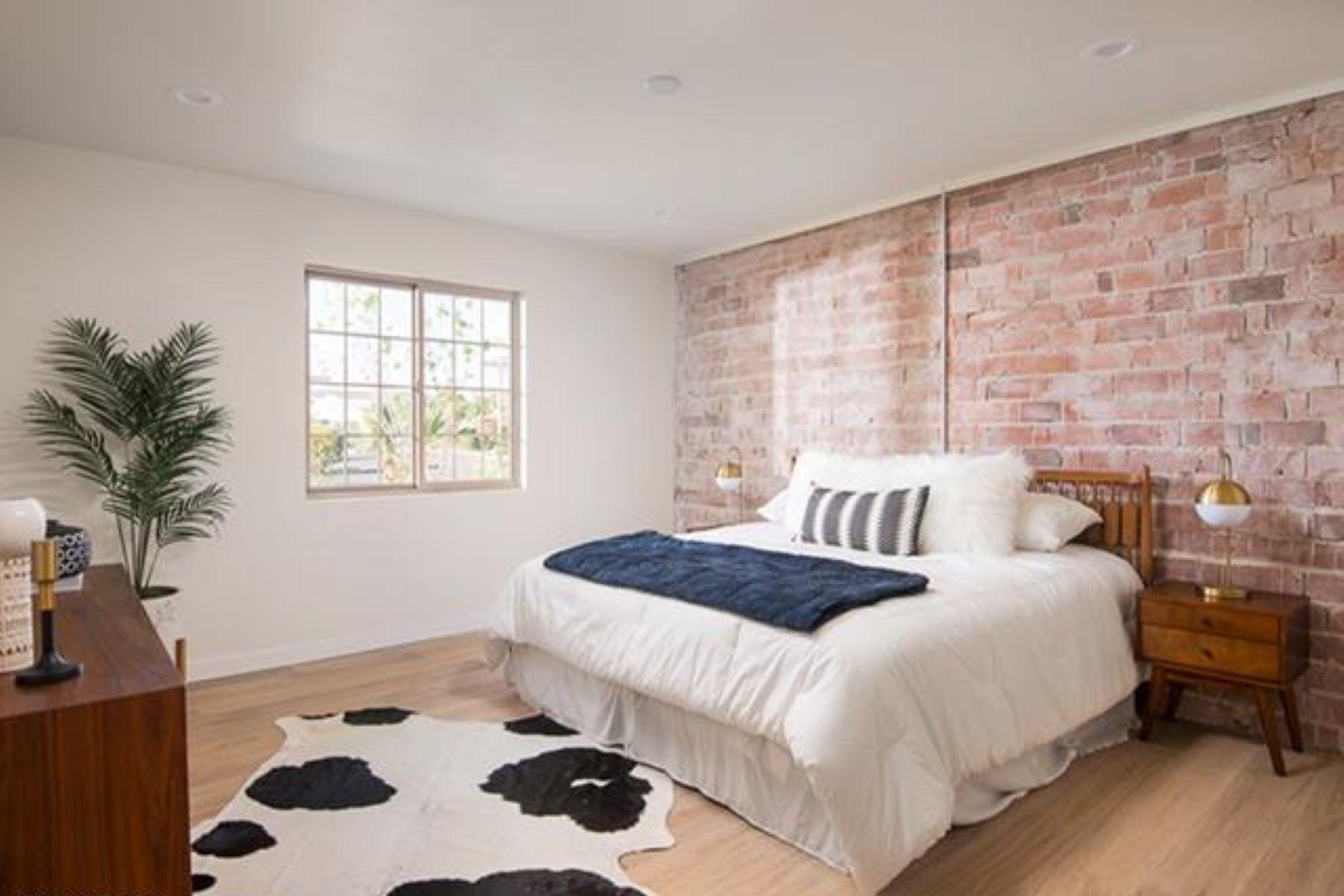 Single Family Home for Sale at beautifully remodeled property in Camelback Corridor 3131 E Highland Ave Phoenix, Arizona, 85016 United States