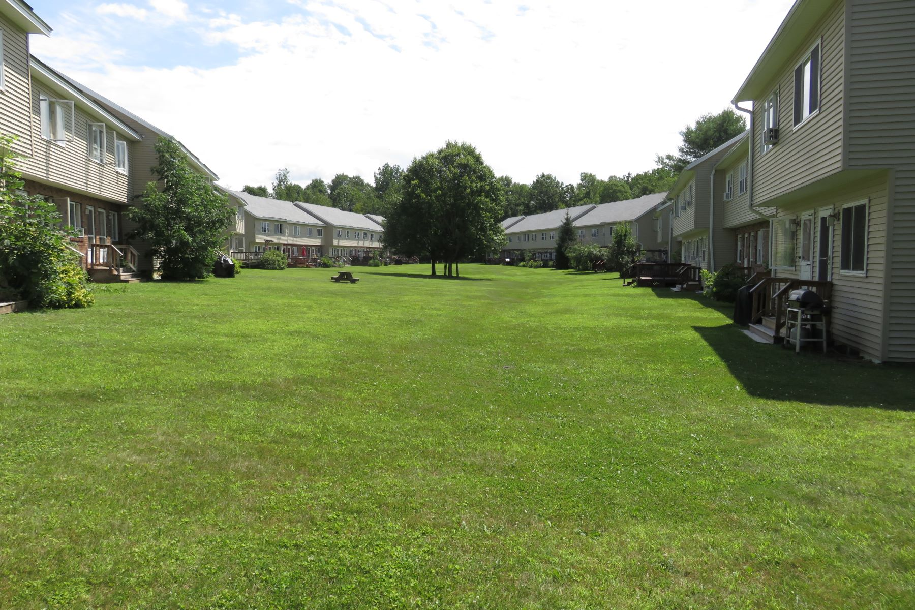 Condominiums for Active at Two Bedroom Condo in Lebanon 220 Mascoma St 75 Lebanon, New Hampshire 03766 United States