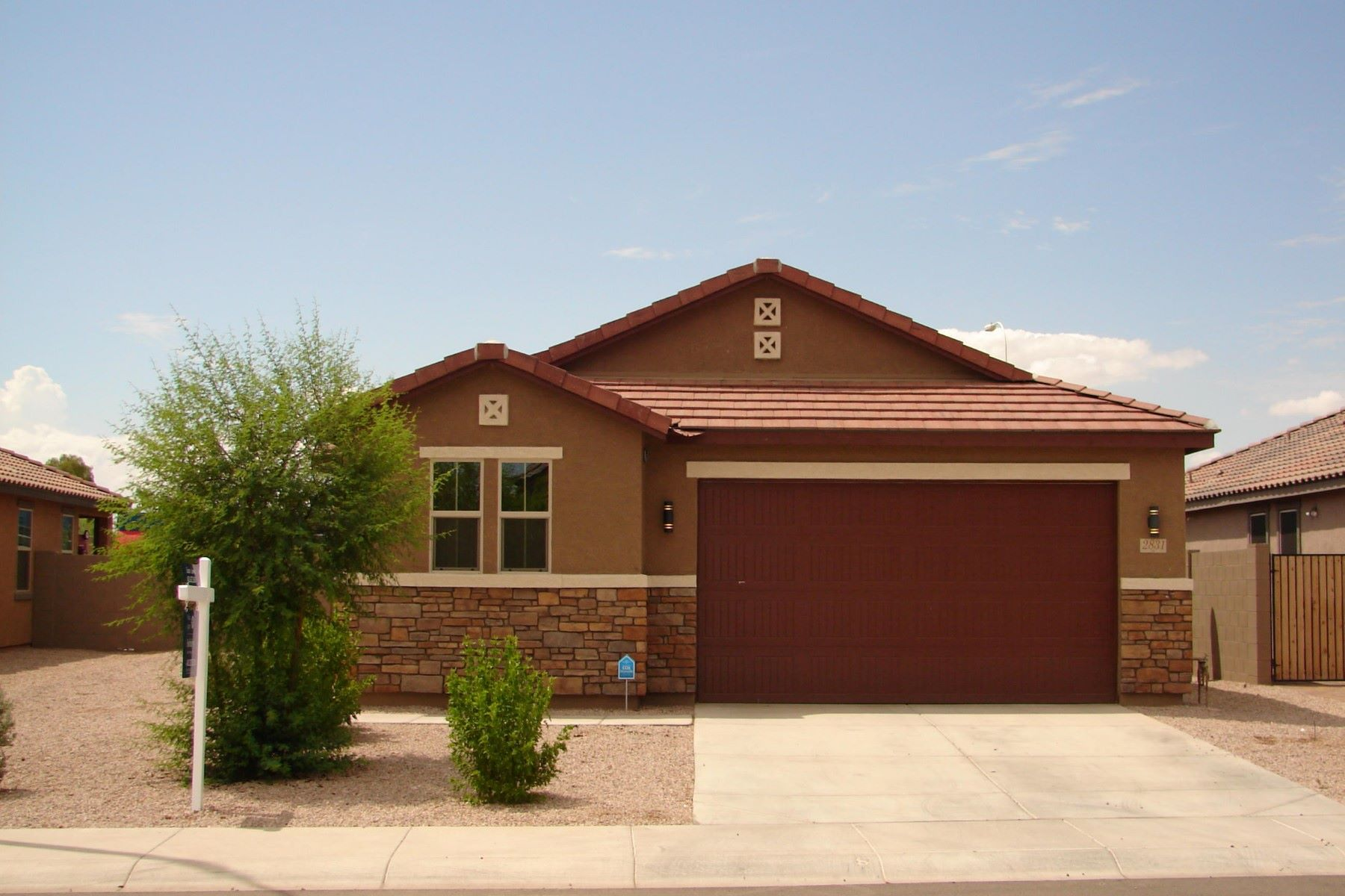 Maison unifamiliale pour l Vente à Sharp single story home in Fire Rock Ranch 2831 E Binner Dr Chandler, Arizona 85225 États-Unis