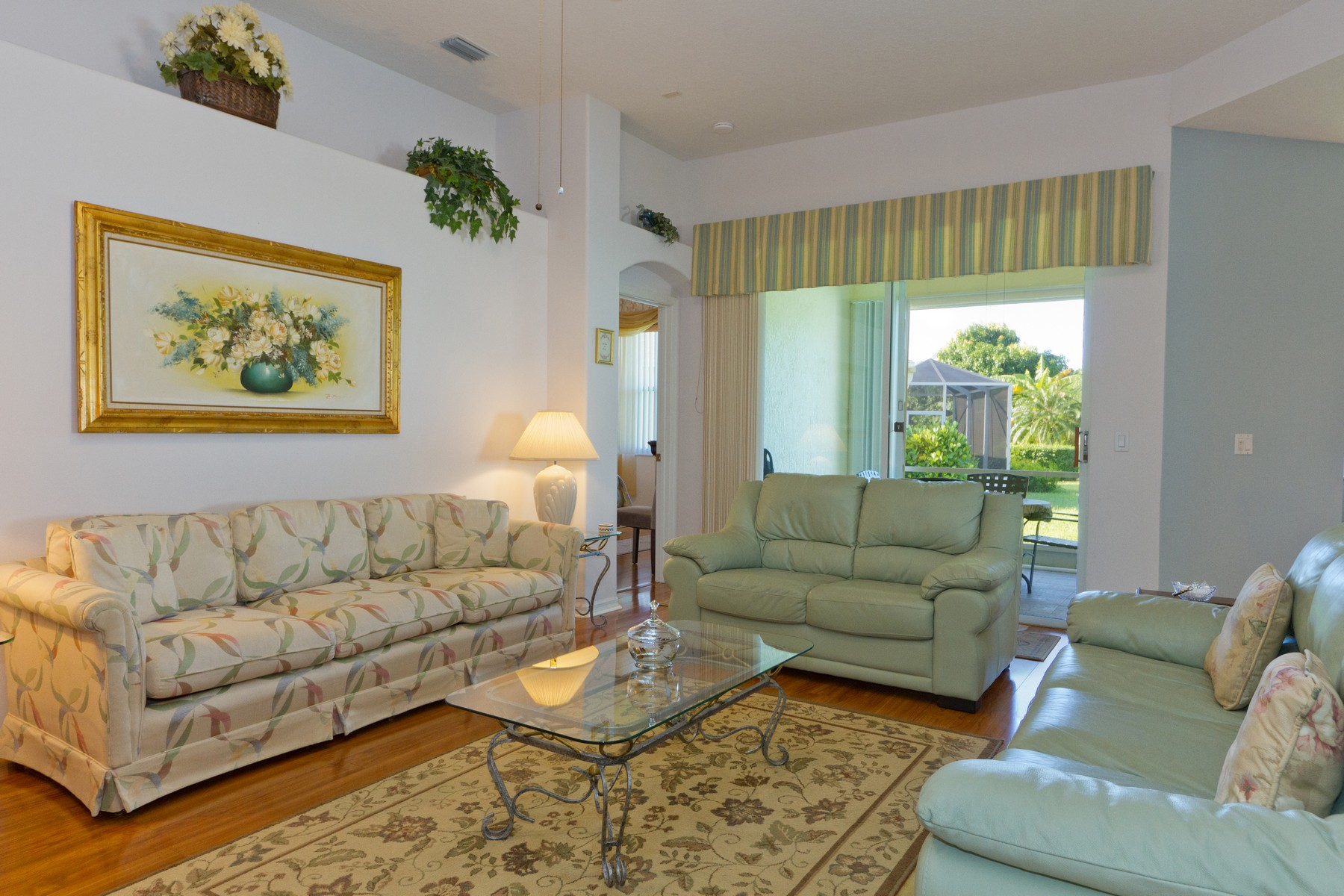 Additional photo for property listing at Two Bedroom Home Plus Den on Corner Lake Lot! 6225 33rd Manor Vero Beach, Florida 32966 United States