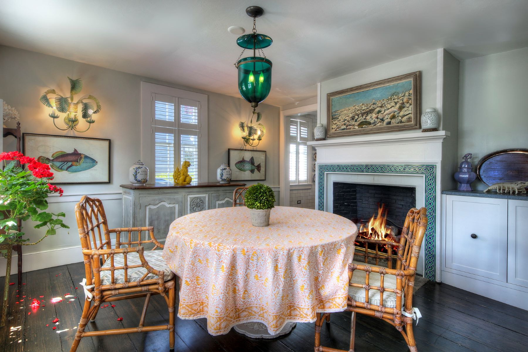 Additional photo for property listing at Stunning Historic Colonial 39 Elm Street Newport, Rhode Island 02840 United States