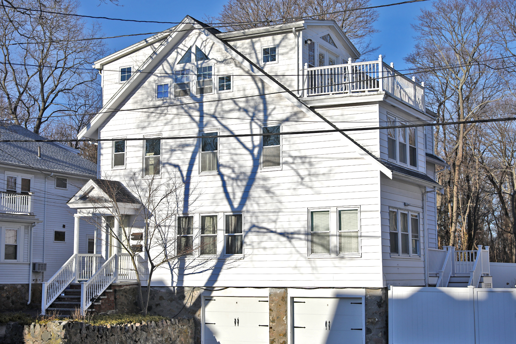 Townhouse for Active at Beautiful and spacious town home with peaks of the ocean 15 Lewis Road Swampscott, Massachusetts 01907 United States