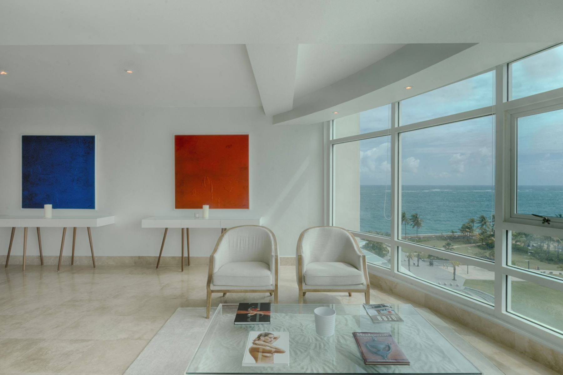 Additional photo for property listing at Modern 9th floor Ocean View at The Bristol 1052 Ashford Ave, Apt 9B San Juan, Puerto Rico 00907 プエルトリコ