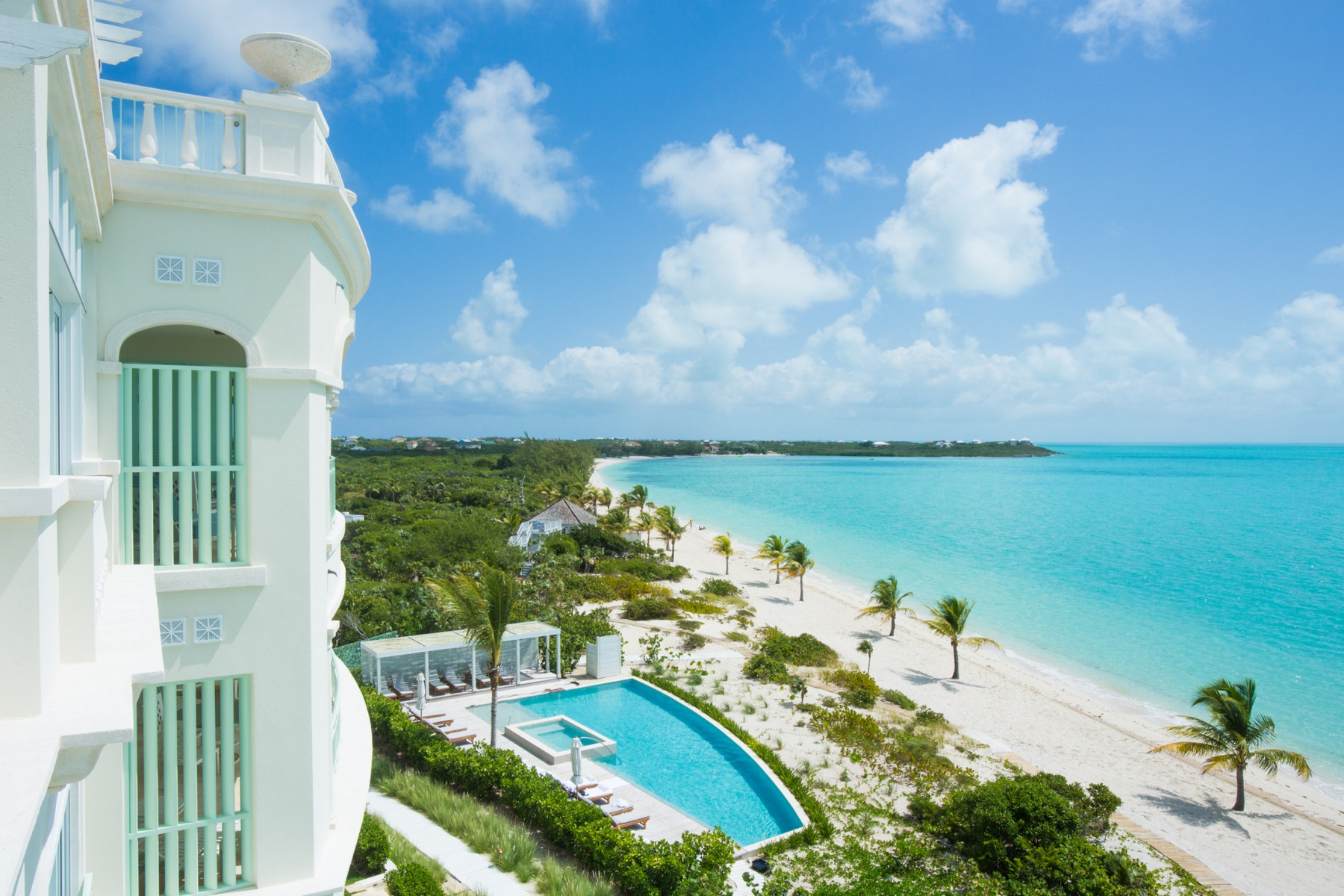 Additional photo for property listing at The Shore Club ~ Suite 2110.11.12 Beachfront Long Bay, Providenciales TCI Îles Turques Et Caïques