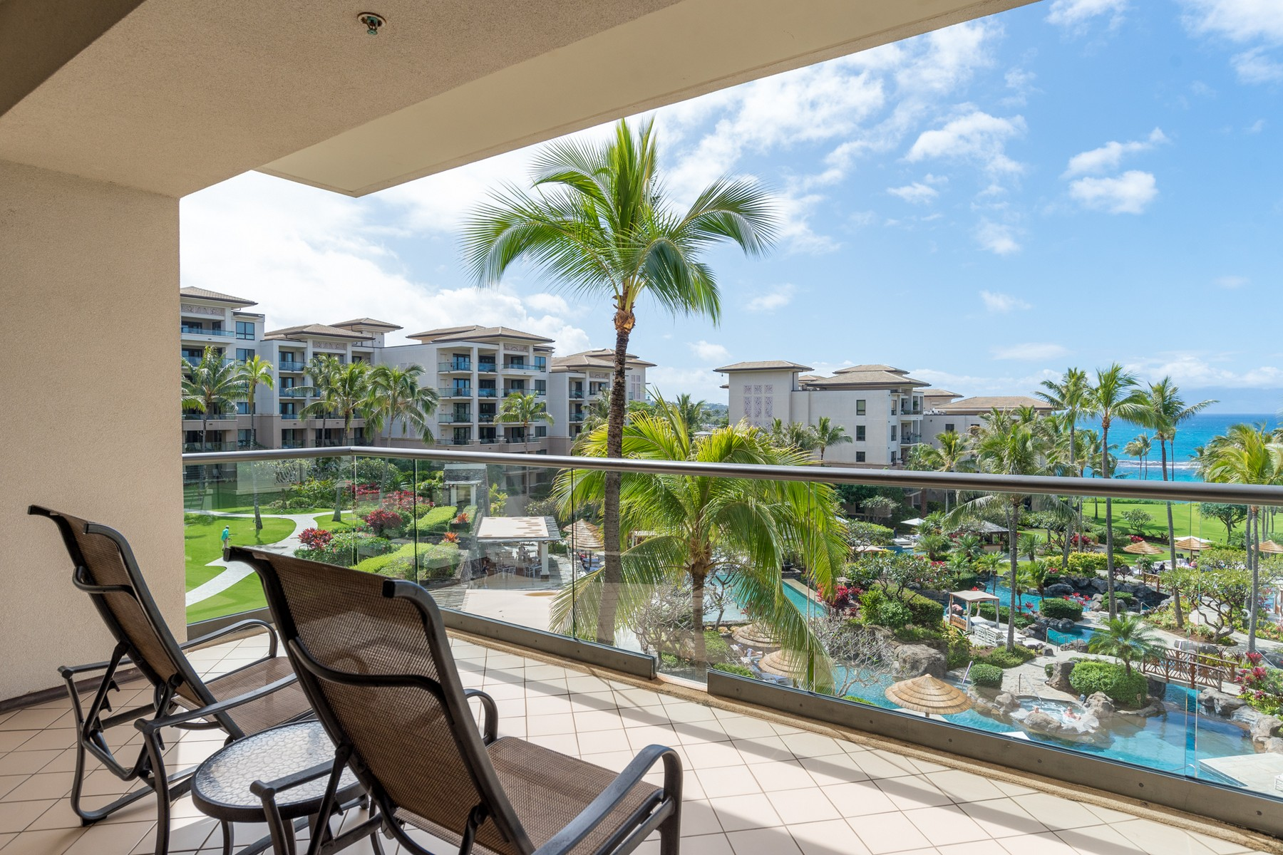 部分所有權 為 出售 在 Luxury Living Oceanfront 1 Bay Drive, Residences on Kapalua Bay 4402, Kapalua, 夏威夷, 96761 美國