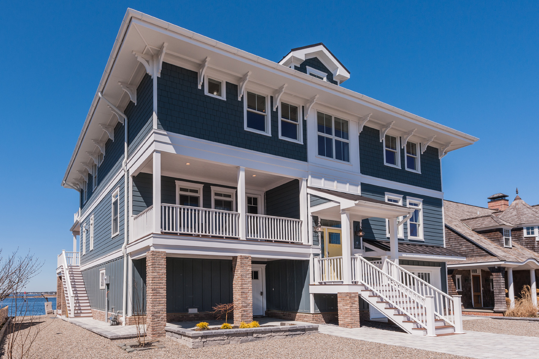 独户住宅 为 销售 在 New Coastal Craftsman Design On Barnegat Bay 1004 Barnegat Lane 洛金, 新泽西州, 08738 美国