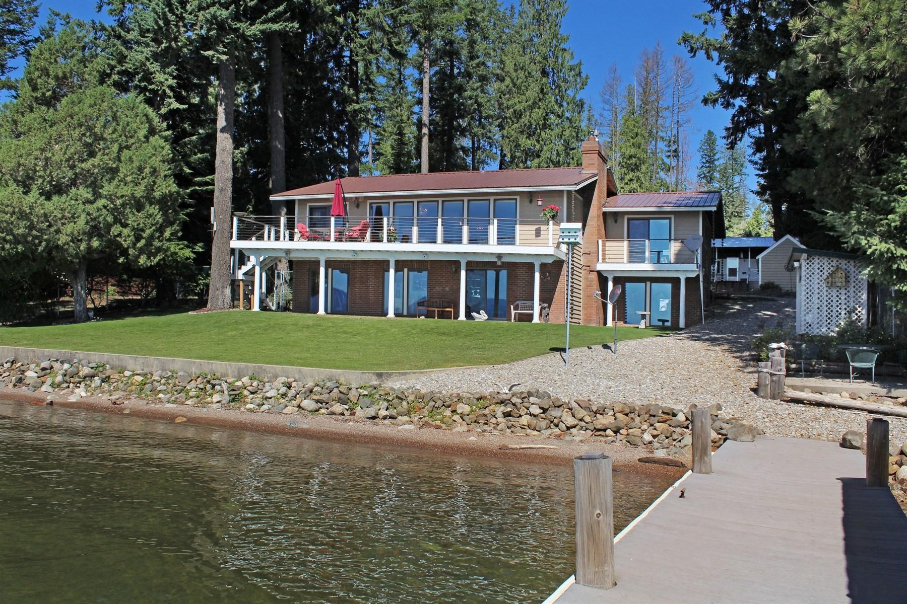 Casa para uma família para Venda às Waterfront in Martin Bay 733 Martin Bay Rd Sagle, Idaho, 83860 Estados Unidos