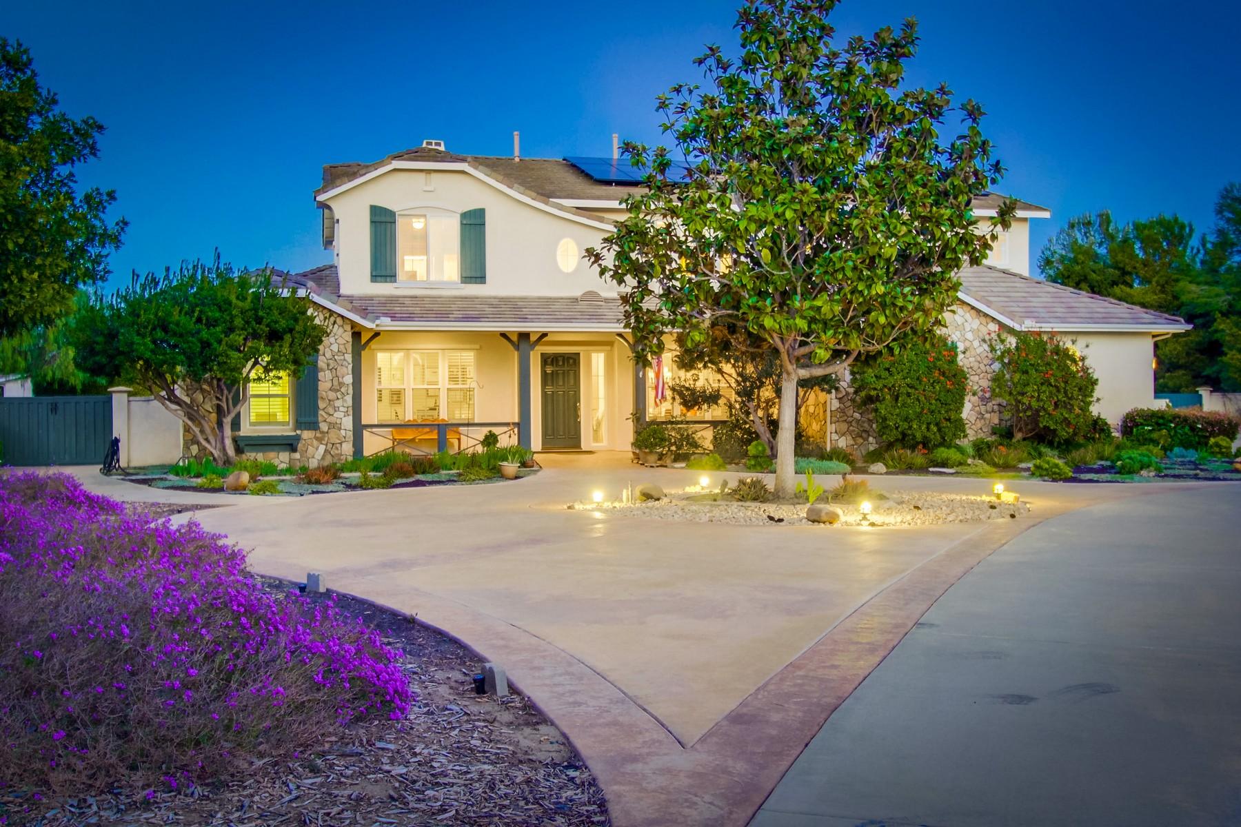 Maison unifamiliale pour l Vente à 3828 Wendi Court Fallbrook, Californie 92028 États-Unis