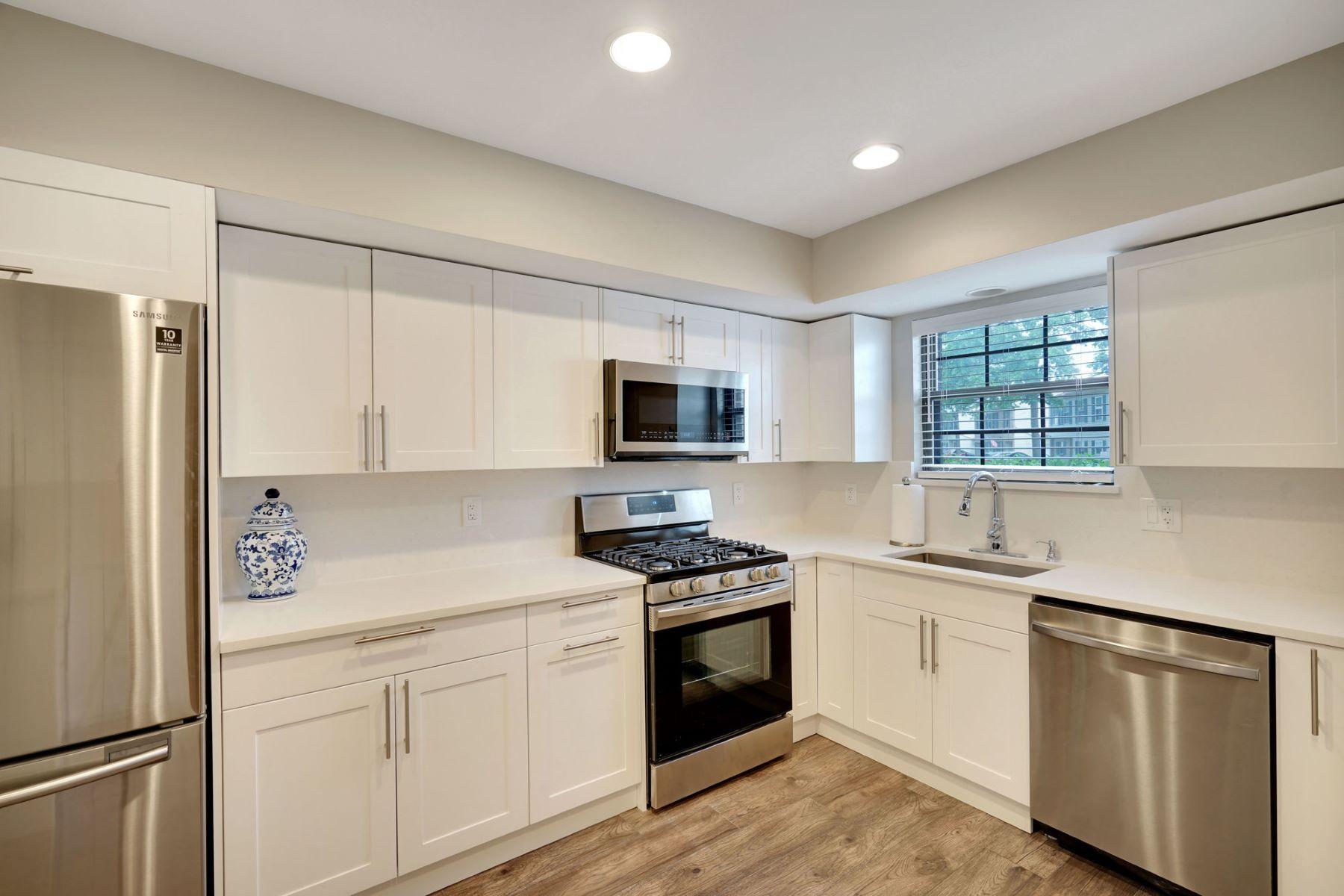 Condominiums για την Πώληση στο Fairway Mews Raising the Bar 47 Apple Drive, Spring Lake, Νιου Τζερσεϋ 07762 Ηνωμένες Πολιτείες