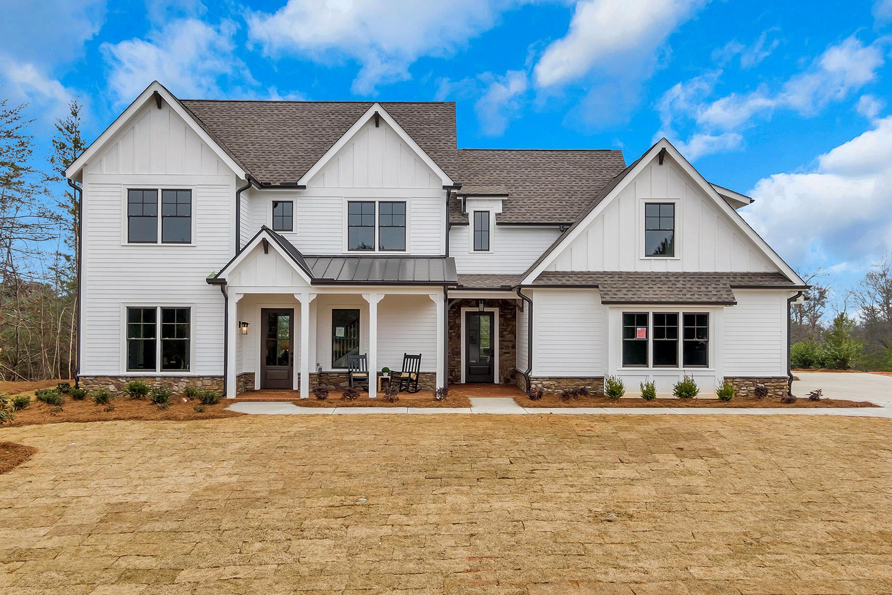 Single Family Homes per Vendita alle ore A Stunning Modern Farmhouse in Chestatee 115 Stoneridge Court, Dawsonville, Georgia 30534 Stati Uniti