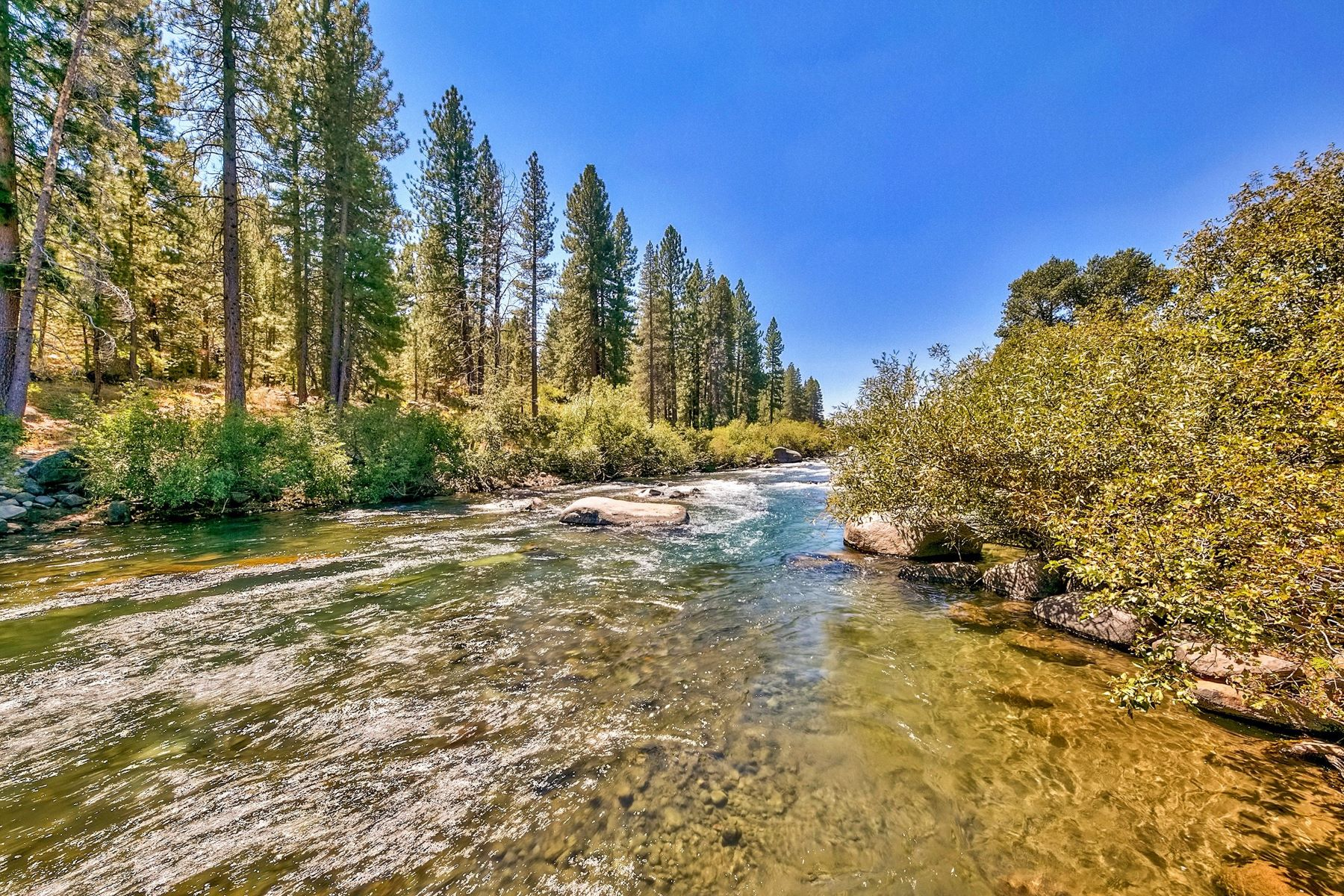 Land for Active at 10477 & 10531 East River Street Truckee California 96161 10497 & 10531 East River Street River's Edge Truckee, California 96161 United States