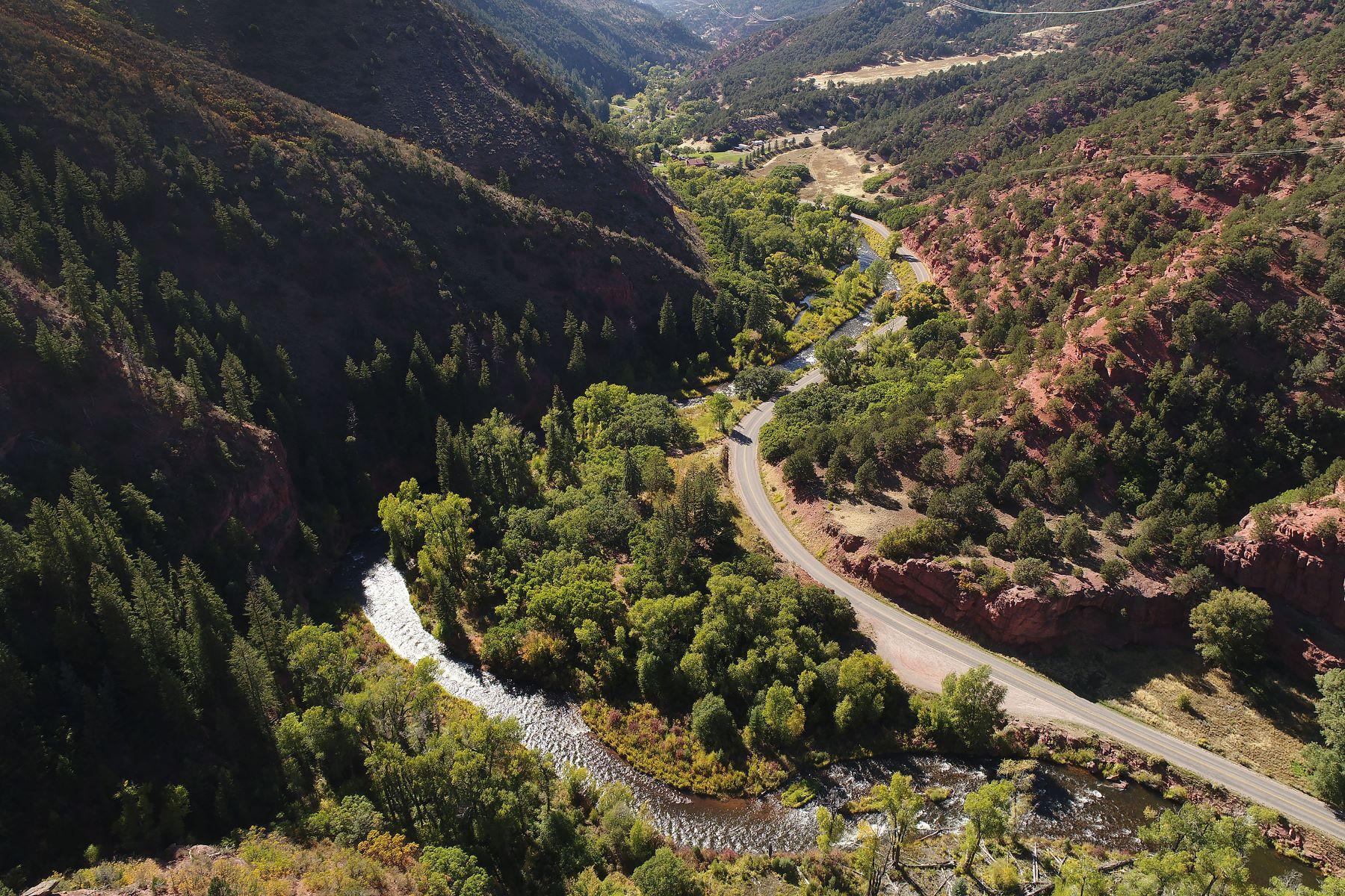 Terreno por un Venta en Best Lot on the Frying Pan River 3006 Frying Pan Road Basalt, Colorado 81621 Estados Unidos