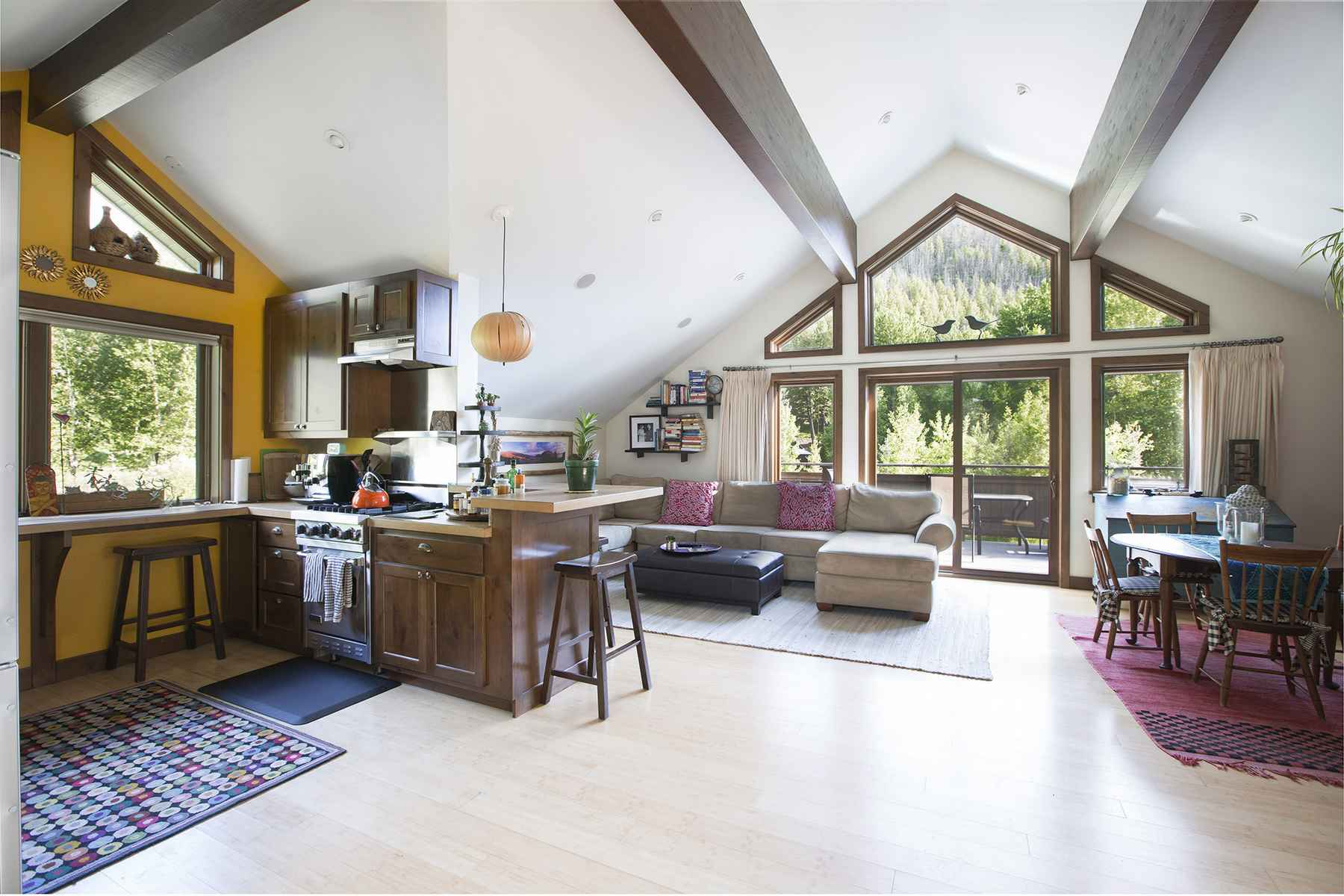 Additional photo for property listing at Riverfront Escape 106 Whipsaw Lane Ketchum, Idaho 83340 United States