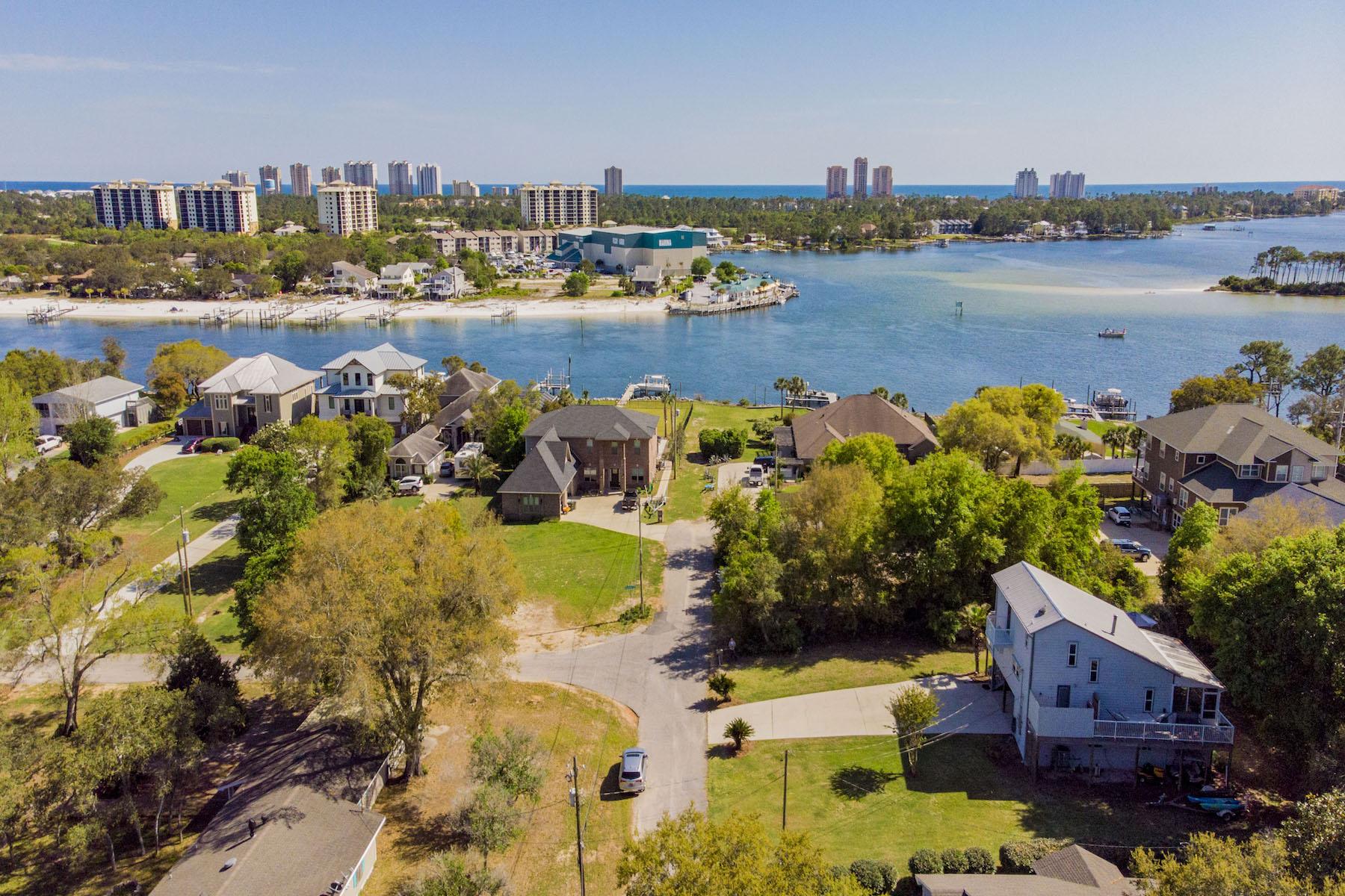 단독 가정 주택 용 매매 에 Mariner's Landing Perdido Key, FL 5821 Balderas Avenue, Pensacola, 플로리다, 32507 미국