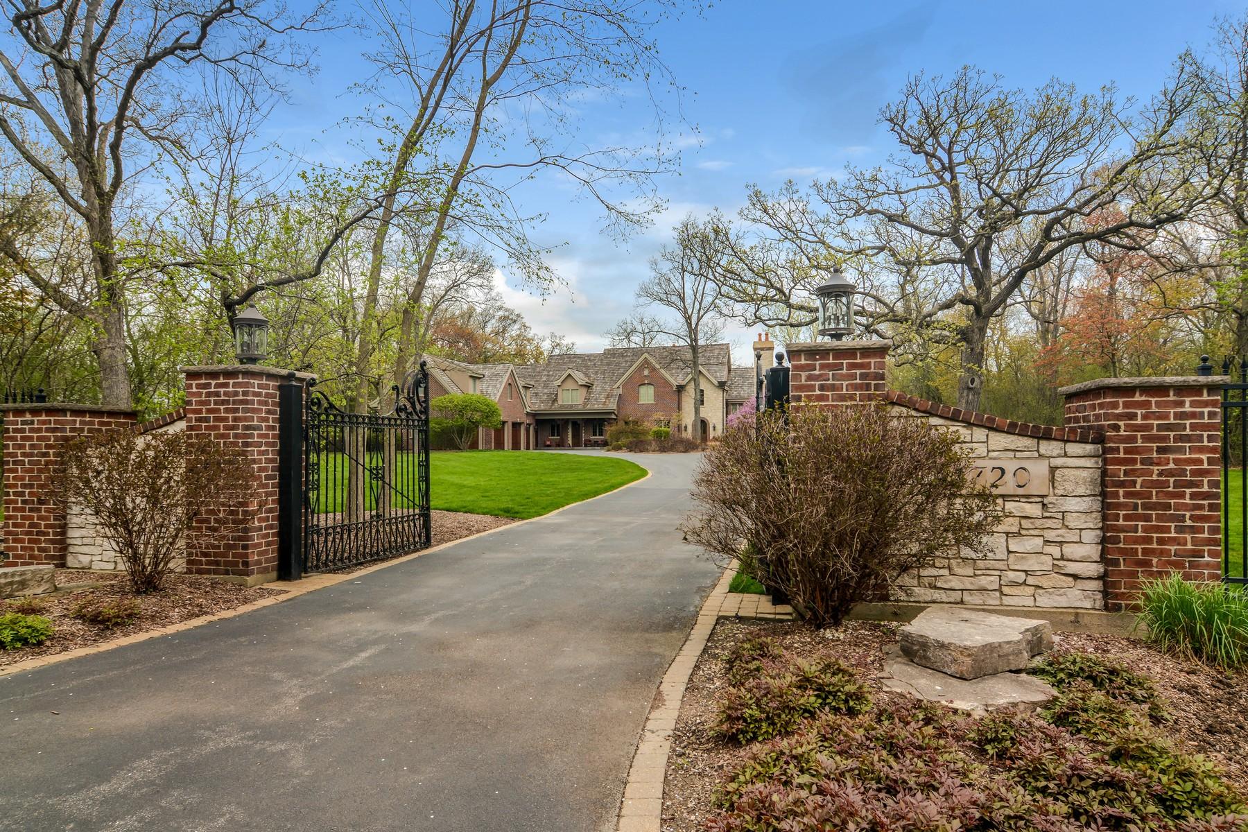 Single Family Home for Sale at Multi-Generation Retreat 1720 Sunset Lane Bannockburn, Illinois 60015 United States