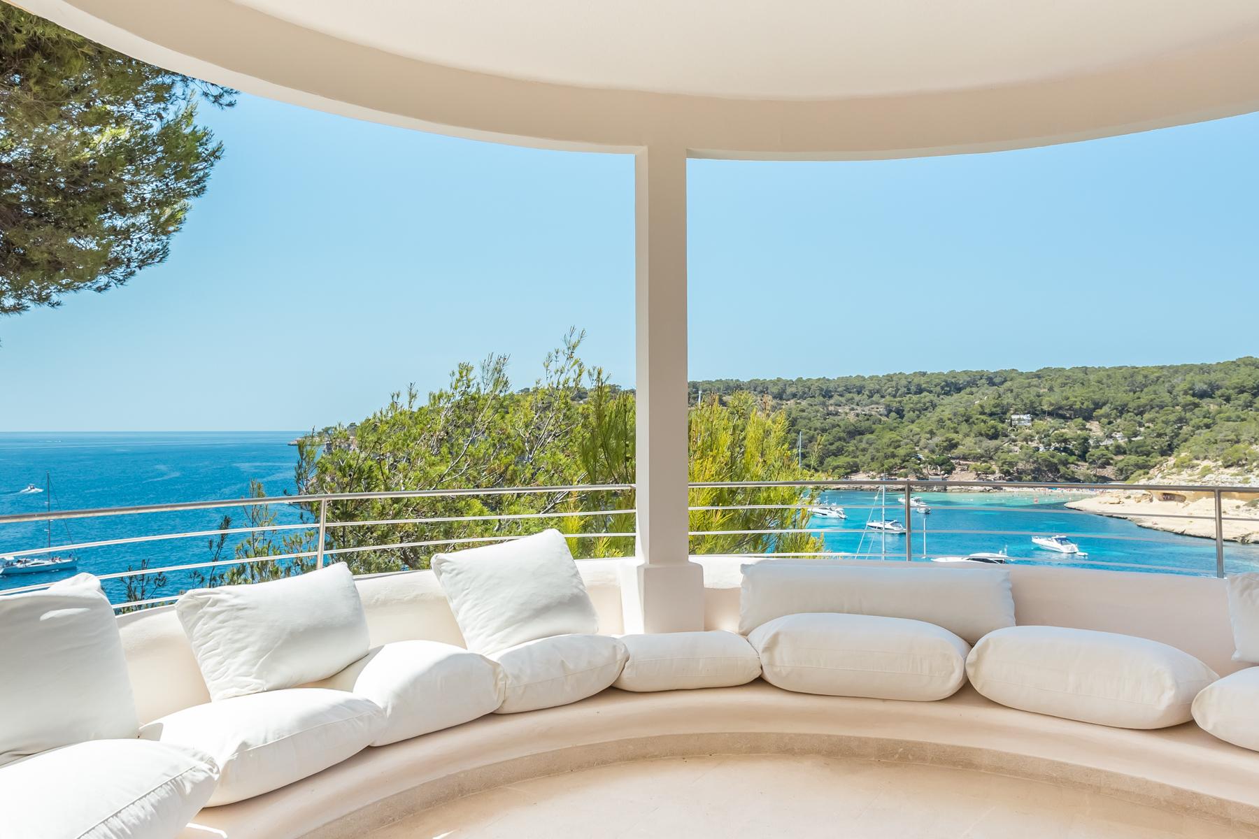 Moradia para Arrendamento às Splendid frontline villa in Sol de Mallorca Sol De Mallorca, Palma De Maiorca, Espanha