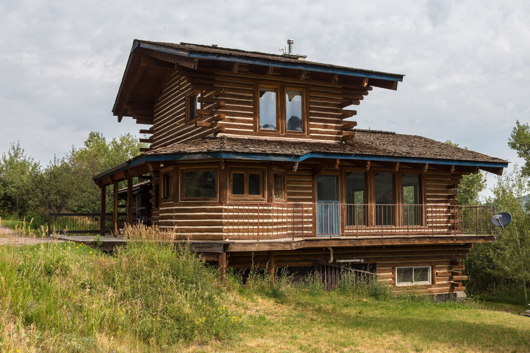Single Family Home for Sale at Chalet Style Log Home on Prime Lot 31135 Broken Talon Trail Oak Creek, Colorado 80467 United States