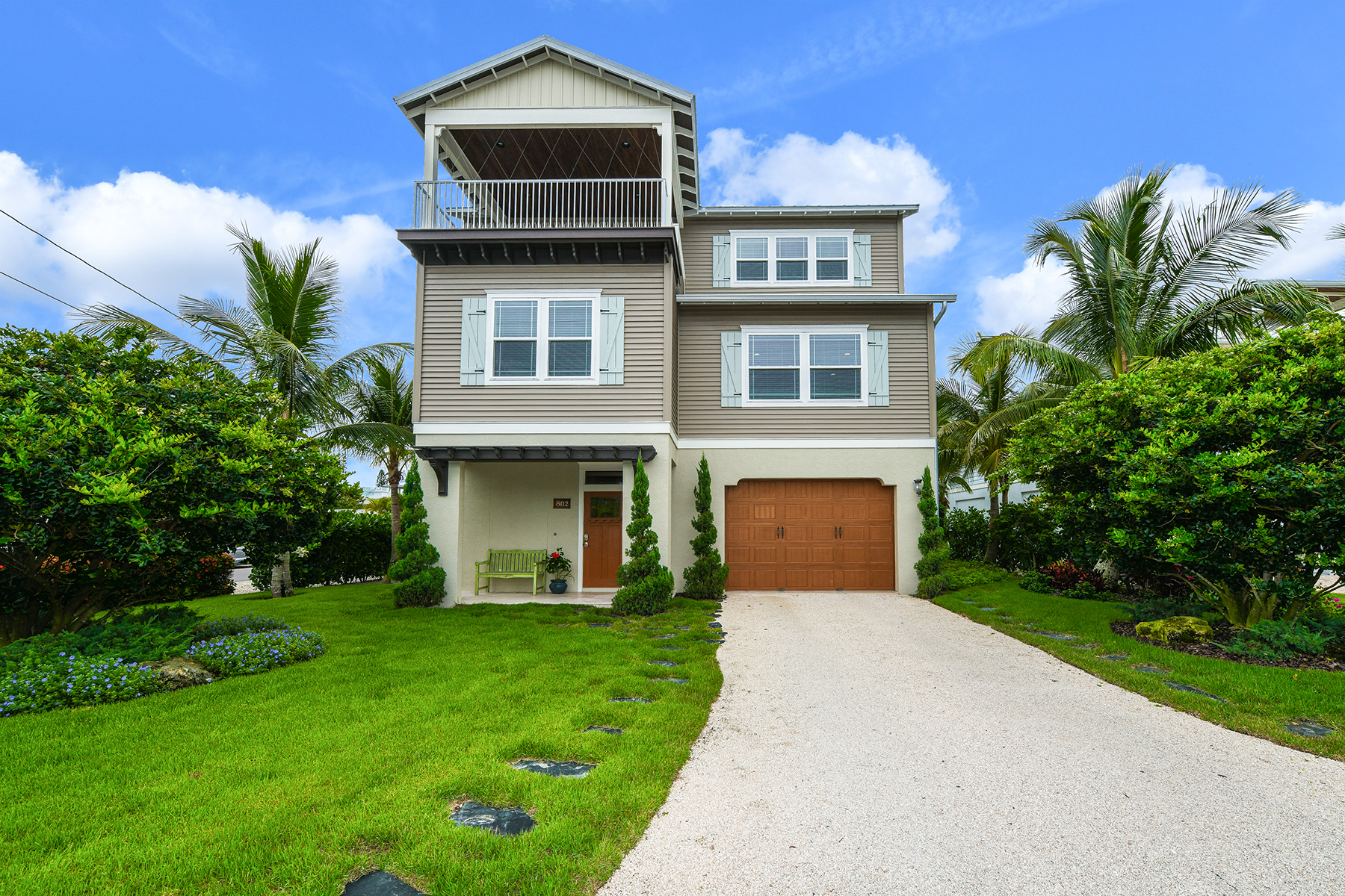 Single Family Homes for Sale at ANNA MARIA 802 Jacaranda Rd Anna Maria, Florida 34216 United States