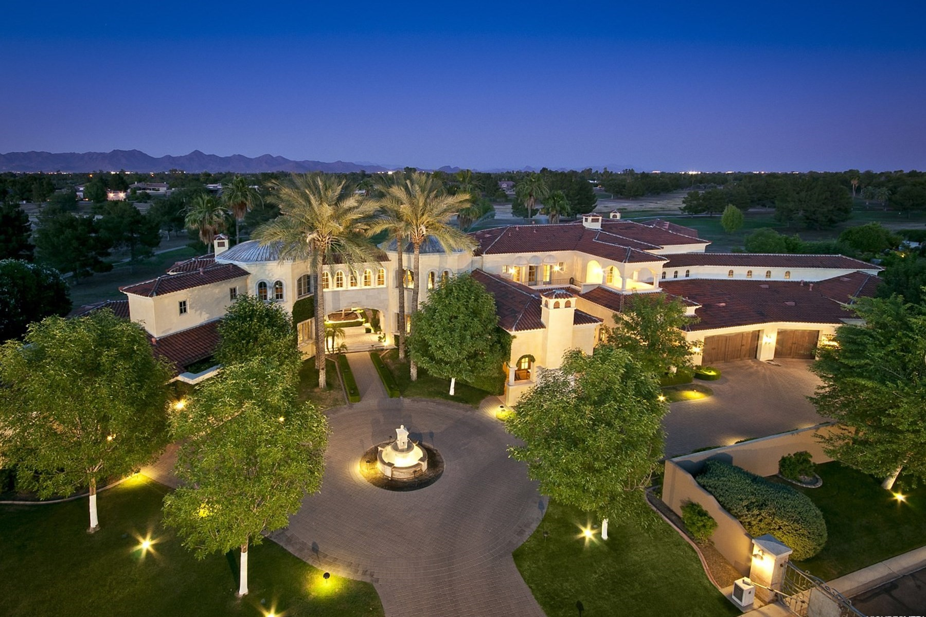 Single Family Home for Sale at Classic Mediterranean Design Grand Estate on the golf course. 9403 N 55 ST Paradise Valley, Arizona, 85253 United States