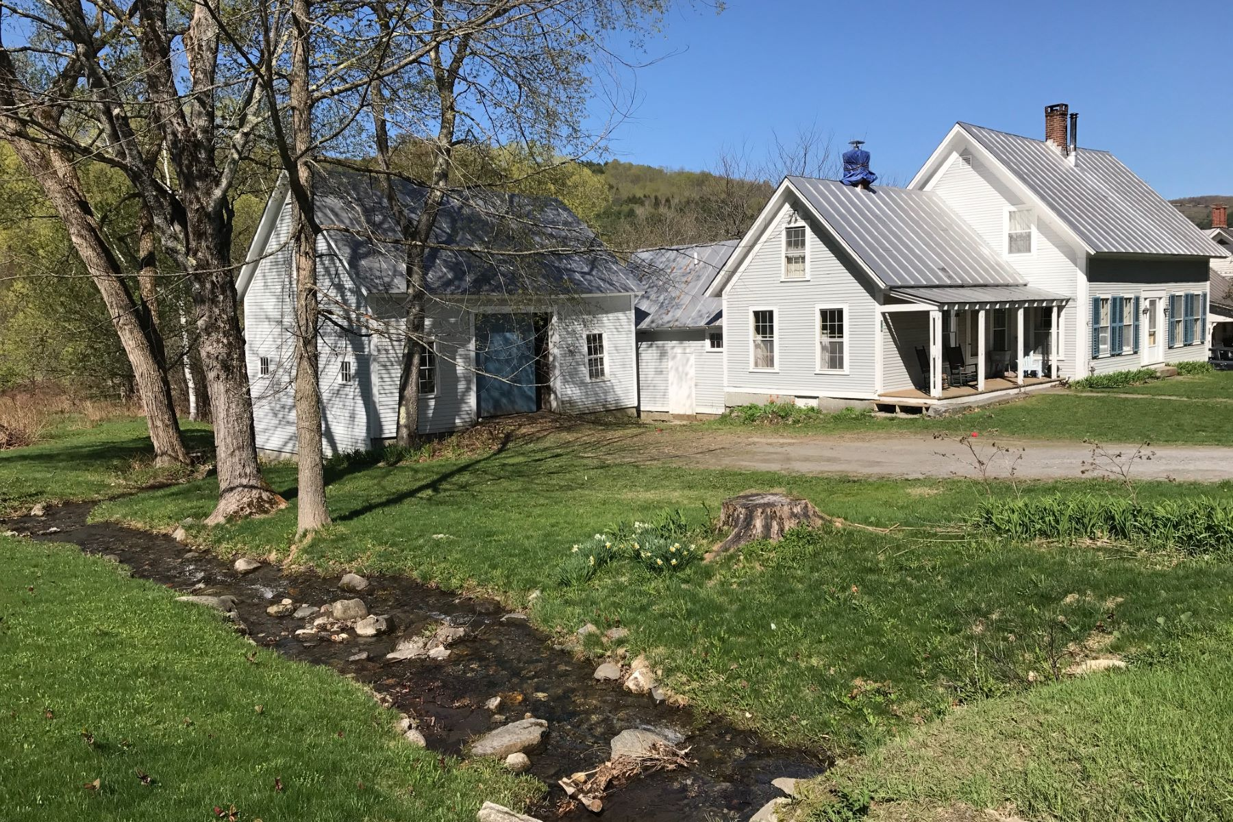 Single Family Home for Sale at 219 Justin Morrill Highway, Strafford 219 Justin Morrill Hwy Strafford, Vermont 05072 United States