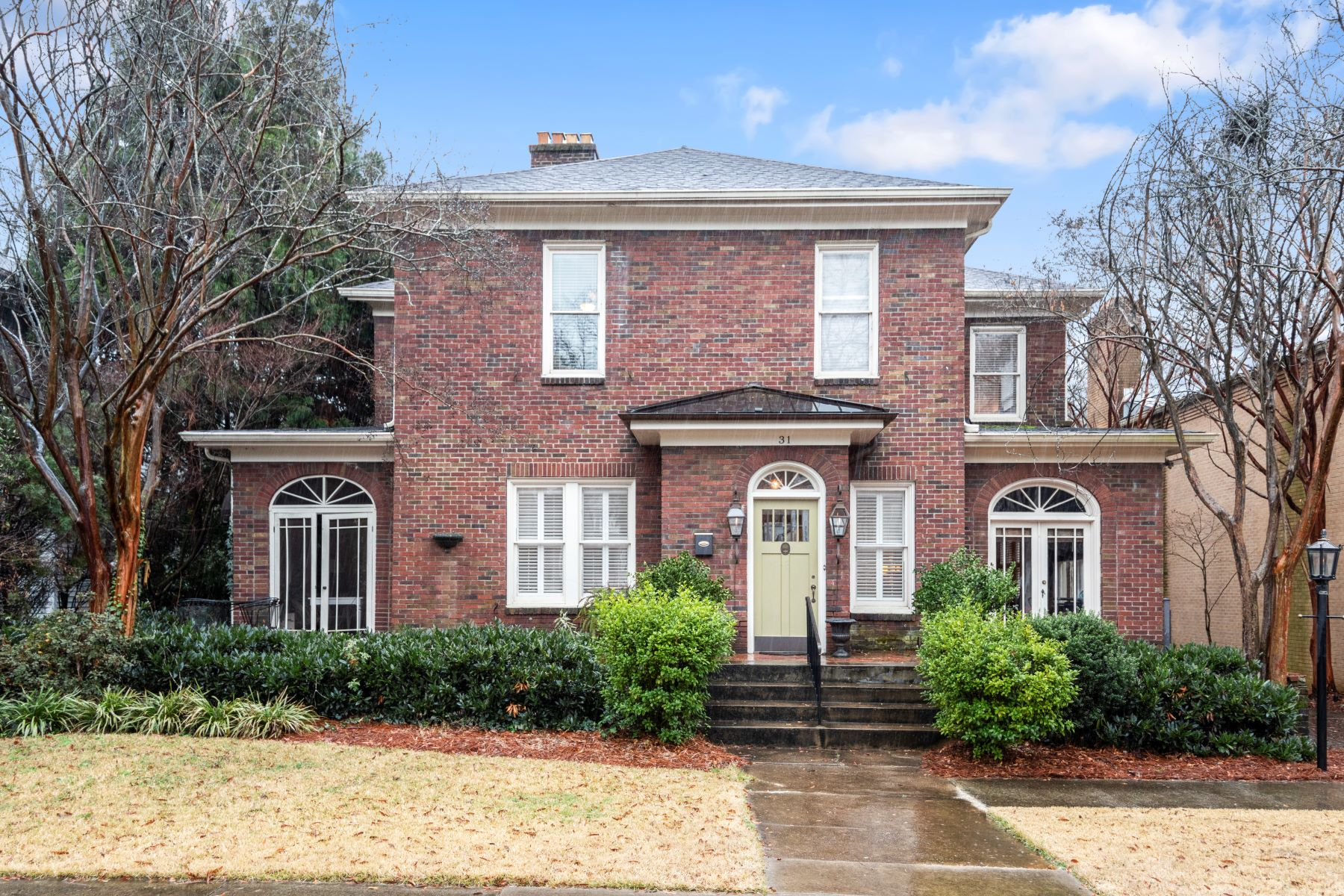 Single Family Homes for Active at Fully renovated home in historic Hampton Pinckney! 31 Pinckney Street Greenville, South Carolina 29601 United States