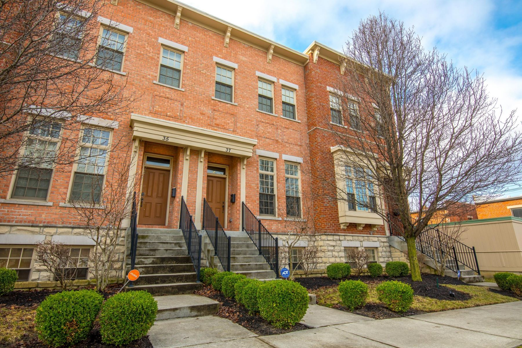 Single Family Homes for Sale at 37 West Frankfort Street Columbus, Ohio 43206 United States
