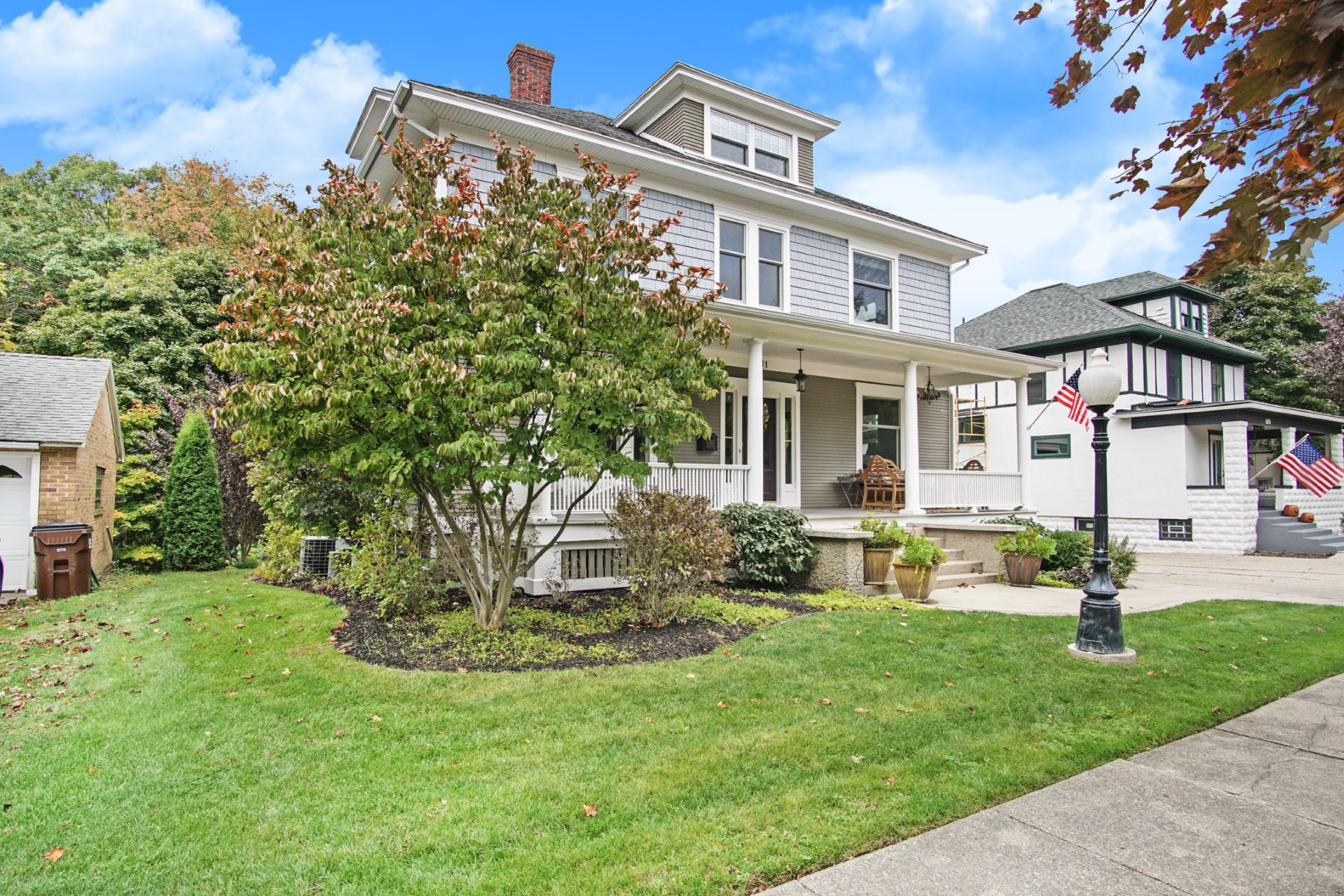 Single Family Homes for Sale at Distinguished Neighborhood Home 631 Lake Avenue Grand Haven, Michigan 49417 United States