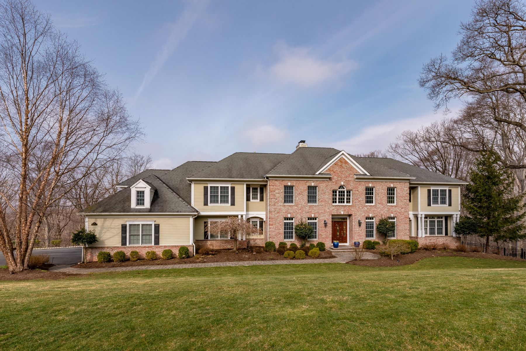 Single Family Home for Sale at Extraordinary Colonial Home 7 Pioneers Lane, Morris Township, New Jersey 07960 United States