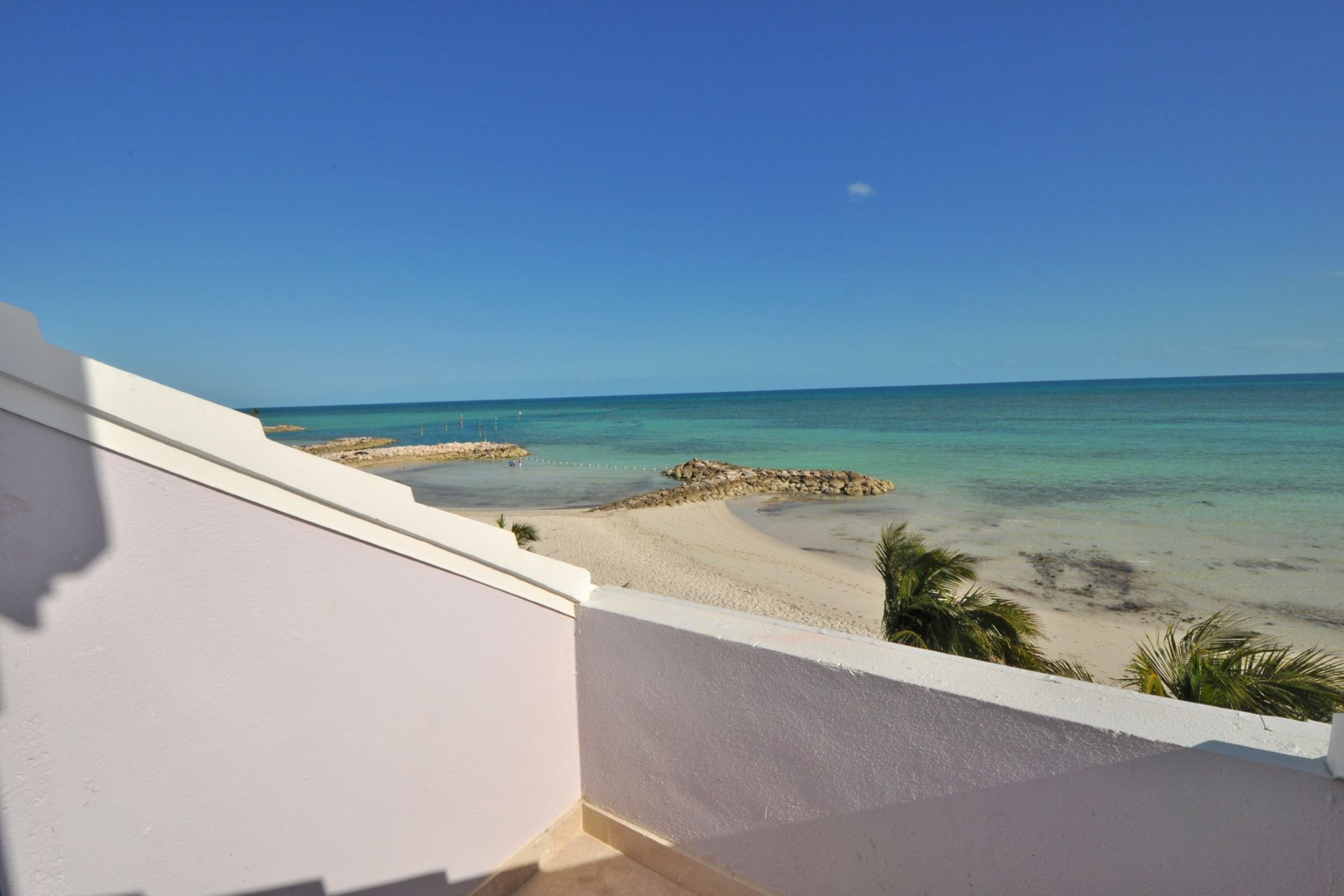 Additional photo for property listing at #203 Beachfront Starfish Isle, Palm Cay Eastern Road, Nassau And Paradise Island Bahamas