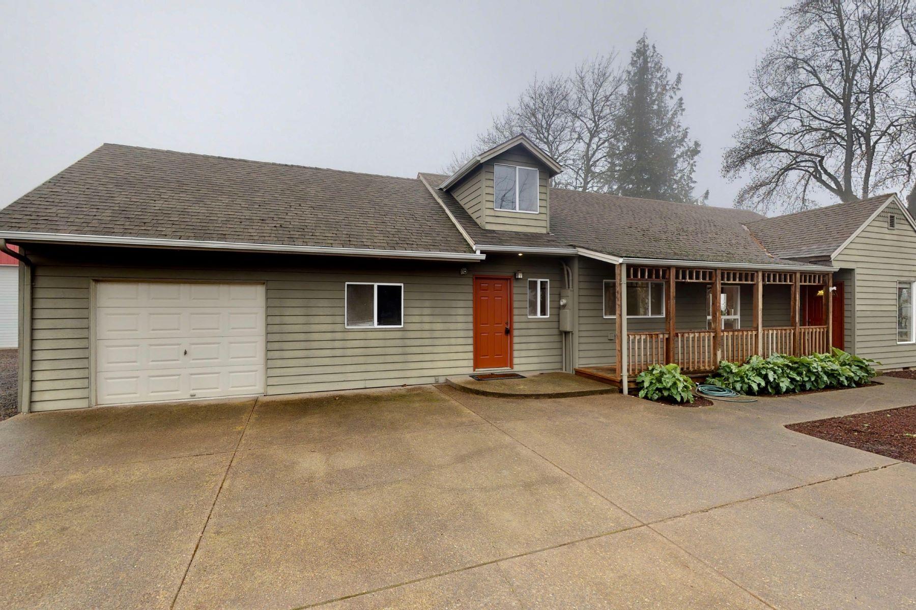 Single Family Homes para Venda às A Change of Pace from City Life 14692 River Rd NE, Gervais, Oregon 97026 Estados Unidos