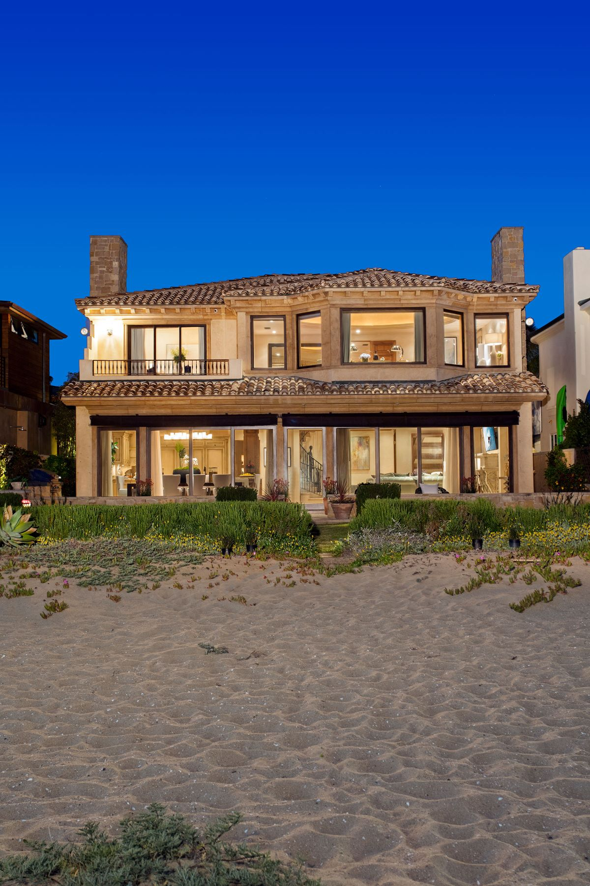 Single Family Home for Sale at 1740 East Oceanfront Newport Beach, California, 92661 United States