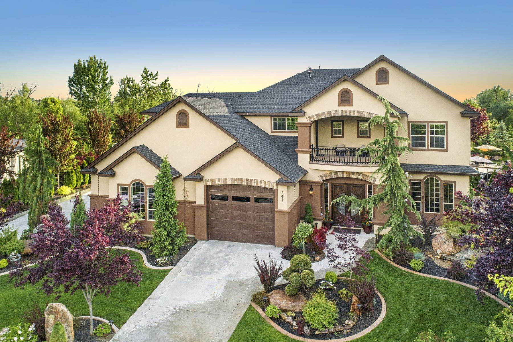 Single Family Homes pour l Vente à 247 Laguna Shore Drive, Eagle 247 E Laguna Shore Dr Eagle, Idaho 83616 États-Unis